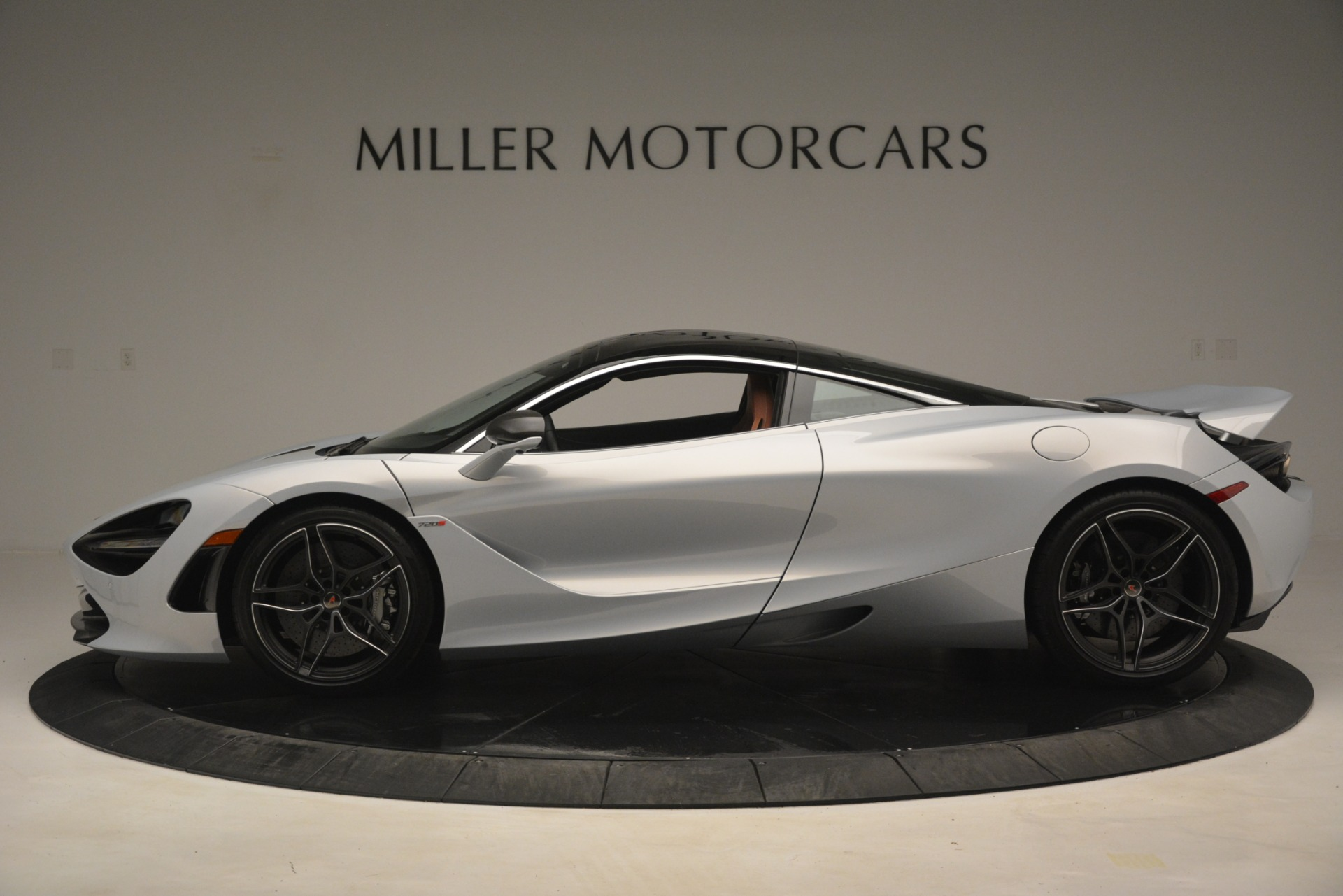 Used 2018 McLaren 720S Coupe For Sale In Greenwich, CT 3157_p3