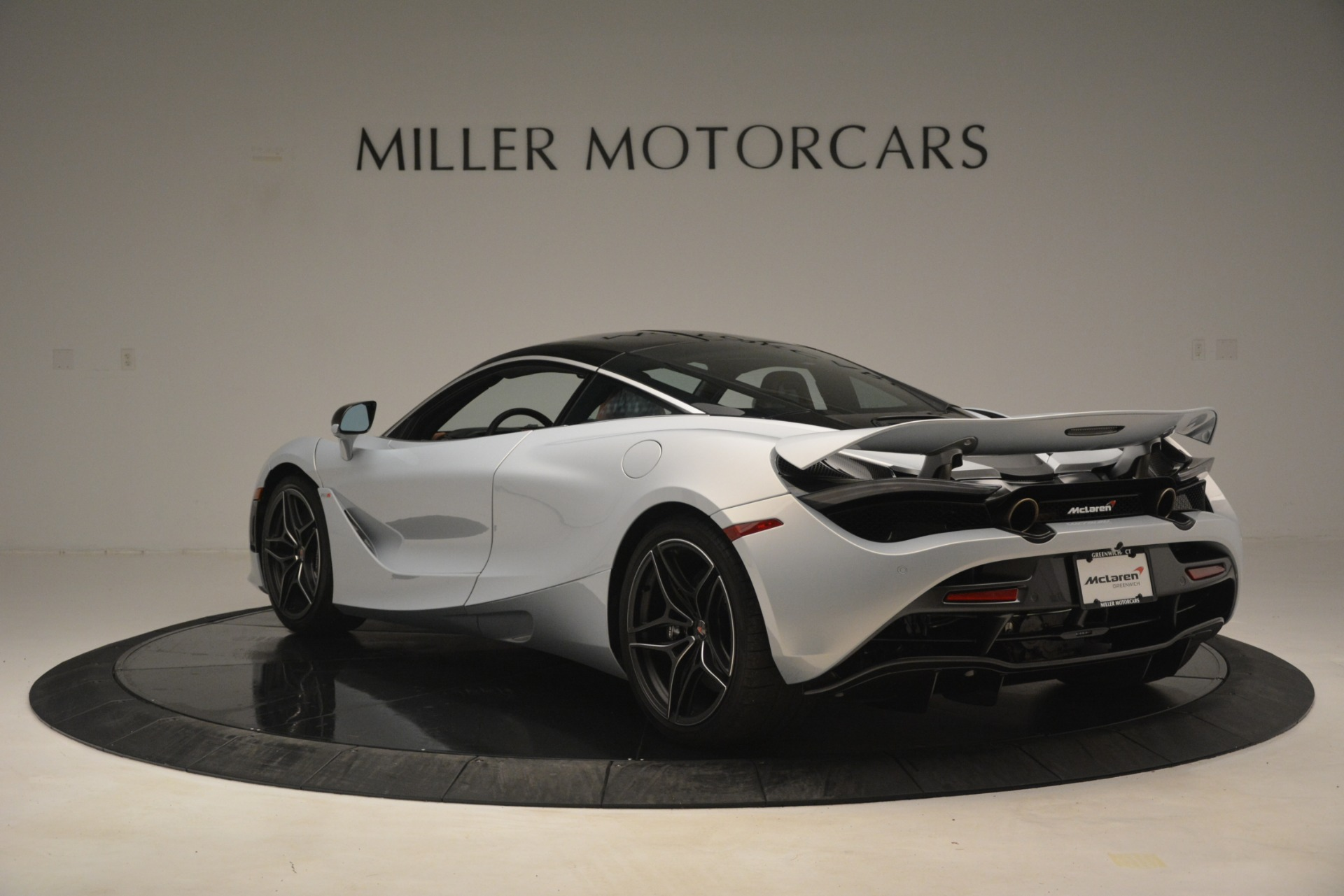 Used 2018 McLaren 720S Coupe For Sale In Greenwich, CT 3157_p5