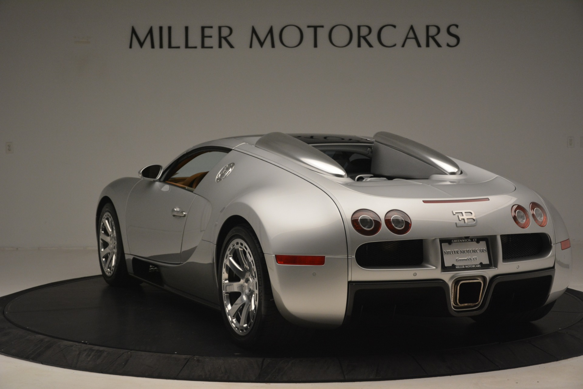 Used 2010 Bugatti Veyron 16.4 Grand Sport For Sale In Greenwich, CT 3159_p15