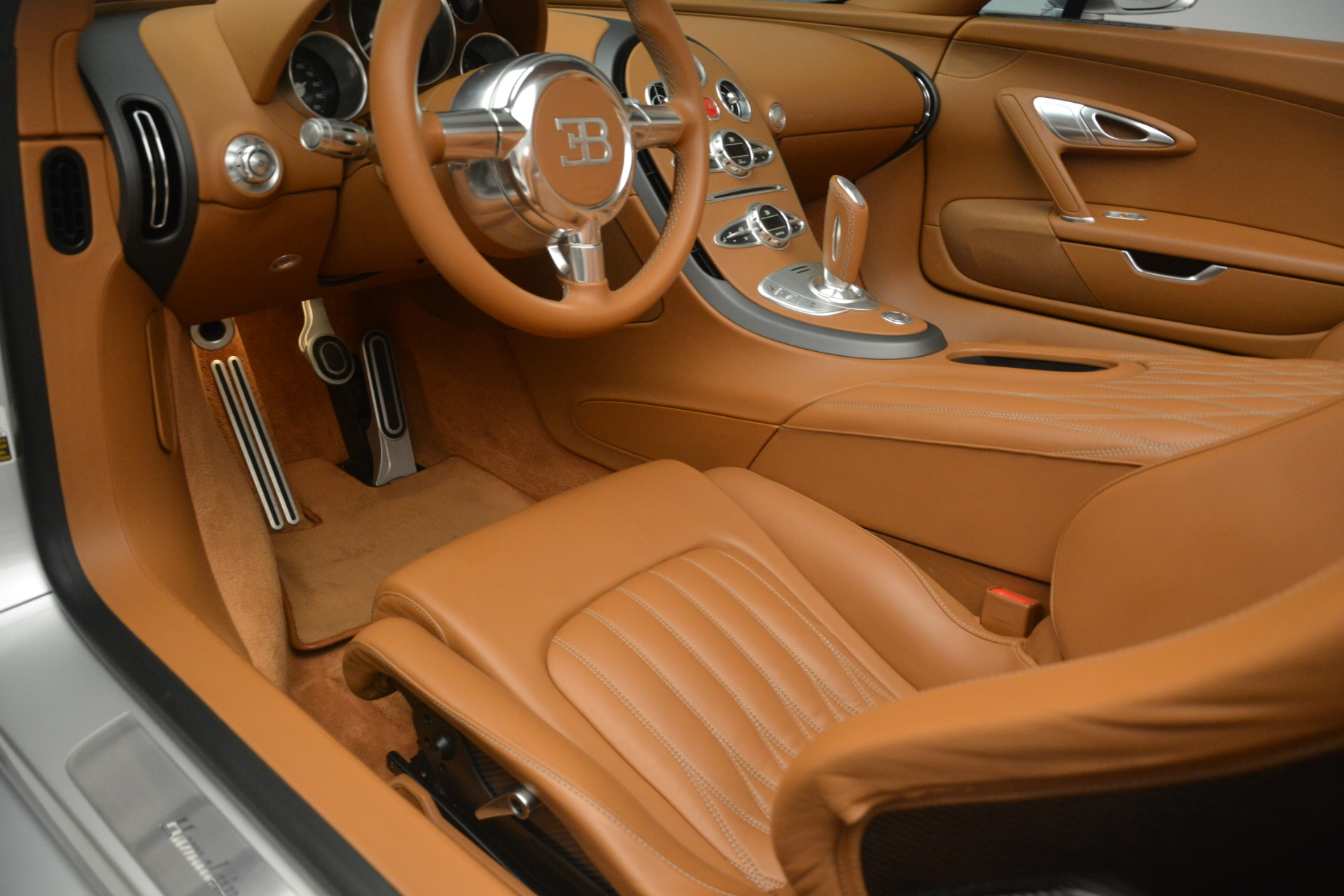 Used 2010 Bugatti Veyron 16.4 Grand Sport For Sale In Greenwich, CT 3159_p30