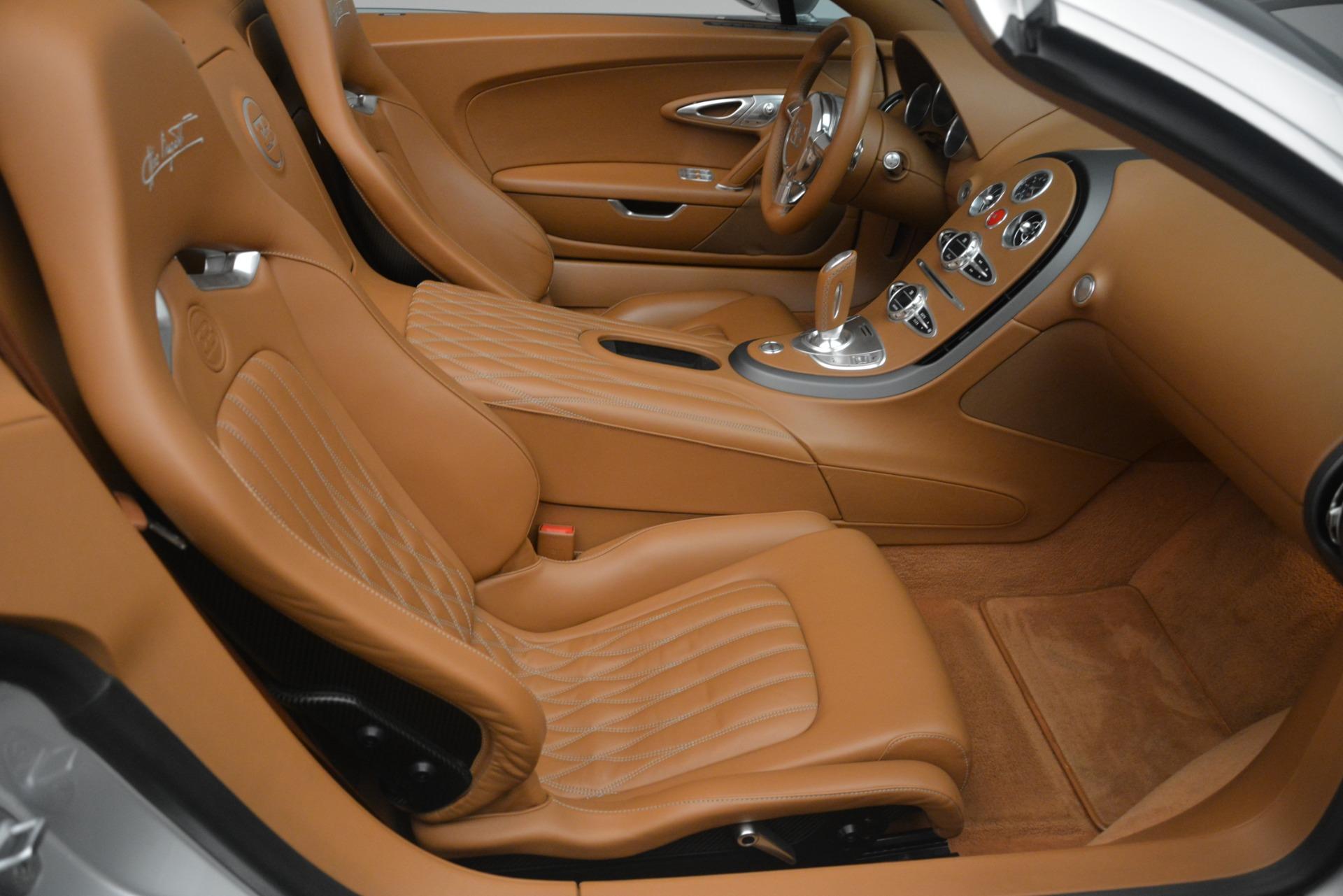 Used 2010 Bugatti Veyron 16.4 Grand Sport For Sale In Greenwich, CT 3159_p34