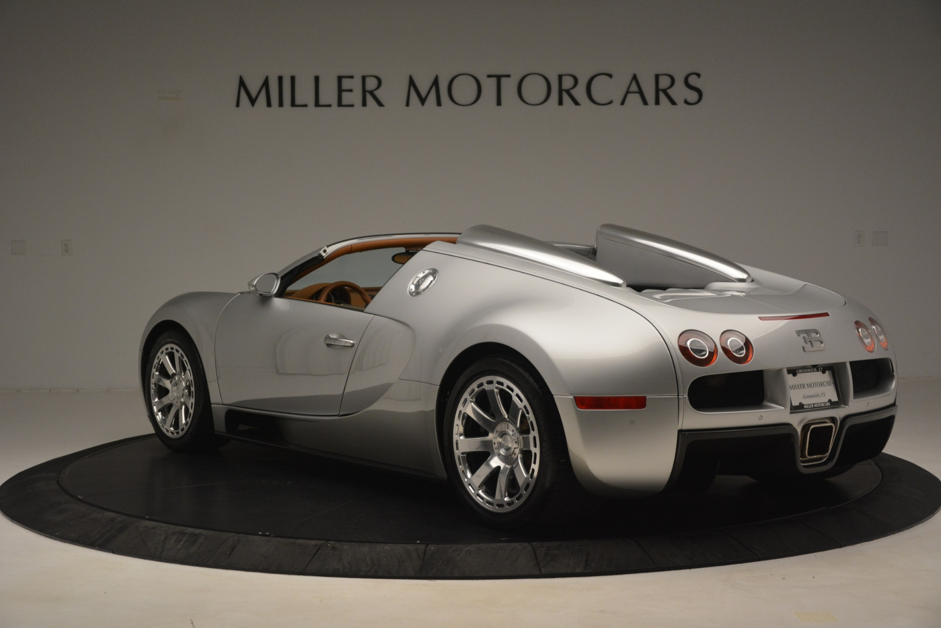 Used 2010 Bugatti Veyron 16.4 Grand Sport For Sale In Greenwich, CT 3159_p6