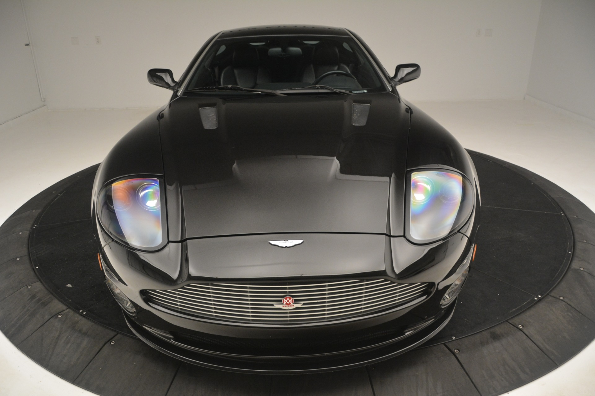 Used 2004 Aston Martin V12 Vanquish  For Sale In Greenwich, CT 3160_p10