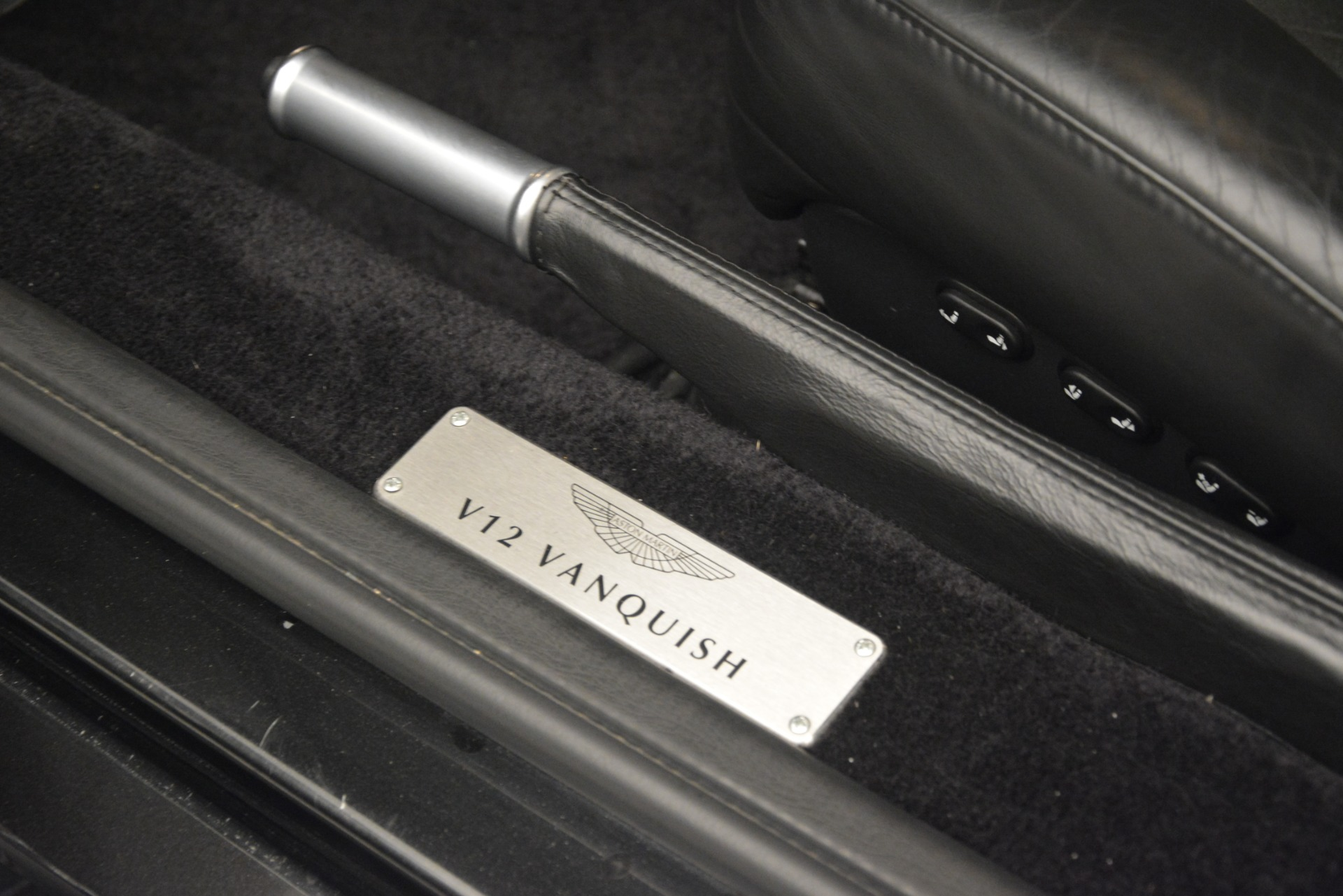 Used 2004 Aston Martin V12 Vanquish  For Sale In Greenwich, CT 3160_p19