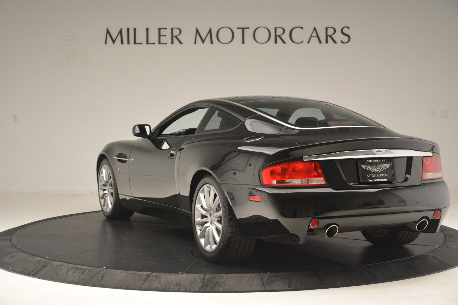 Used 2004 Aston Martin V12 Vanquish  For Sale In Greenwich, CT 3160_p2