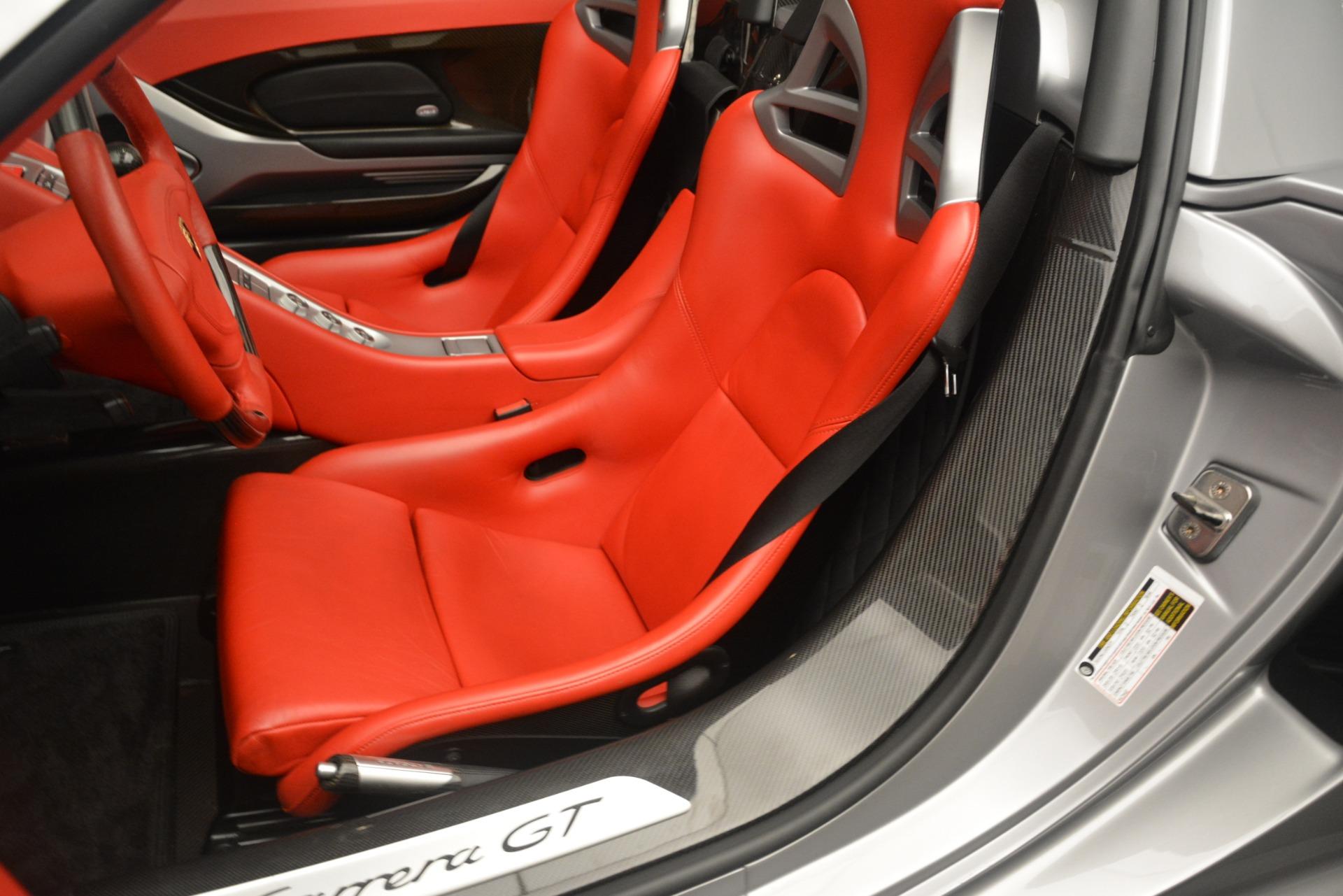 Used 2005 Porsche Carrera GT  For Sale In Greenwich, CT 3161_p25