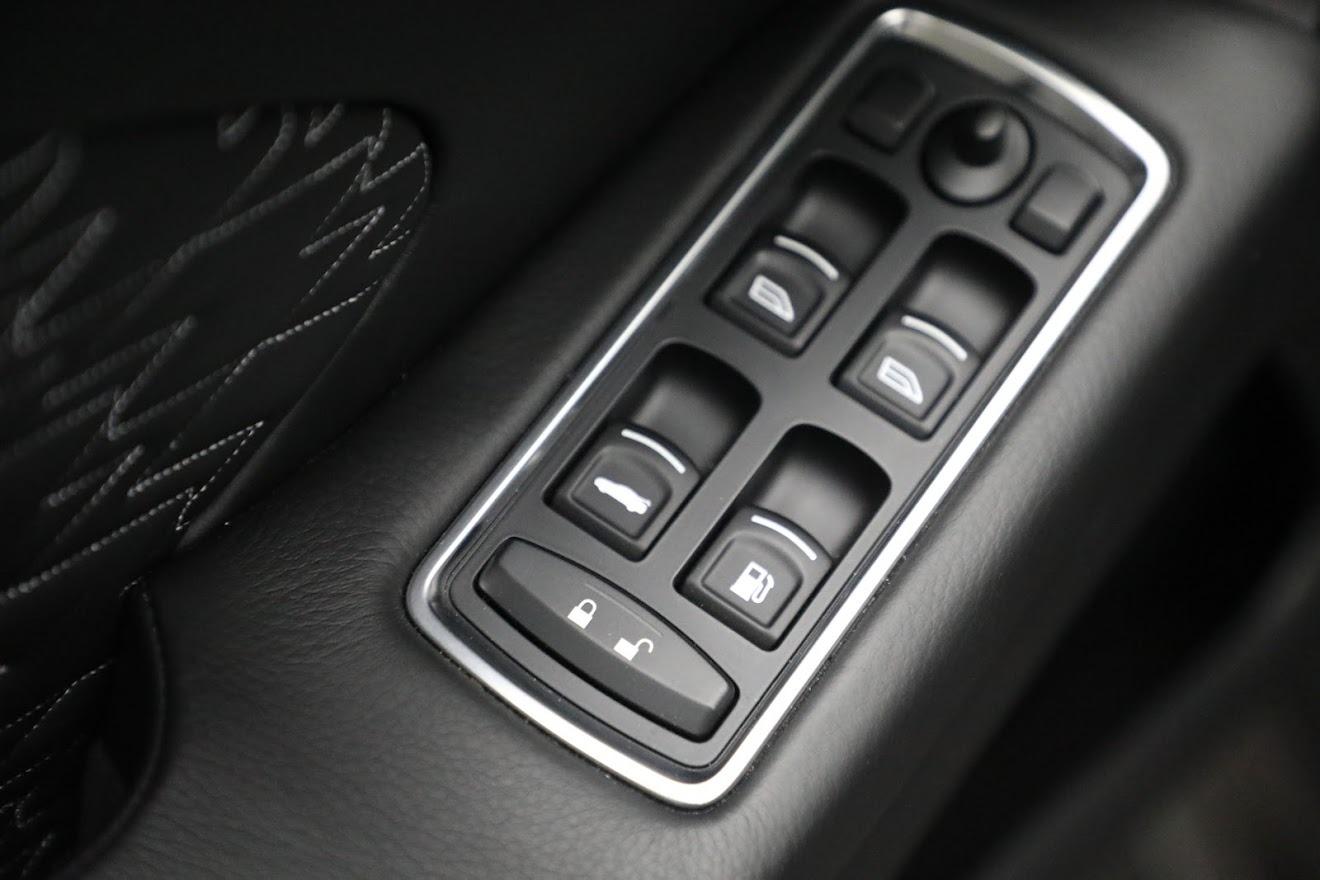 New 2019 Aston Martin Vanquish Zagato Shooting Brake For Sale In Greenwich, CT 3170_p19
