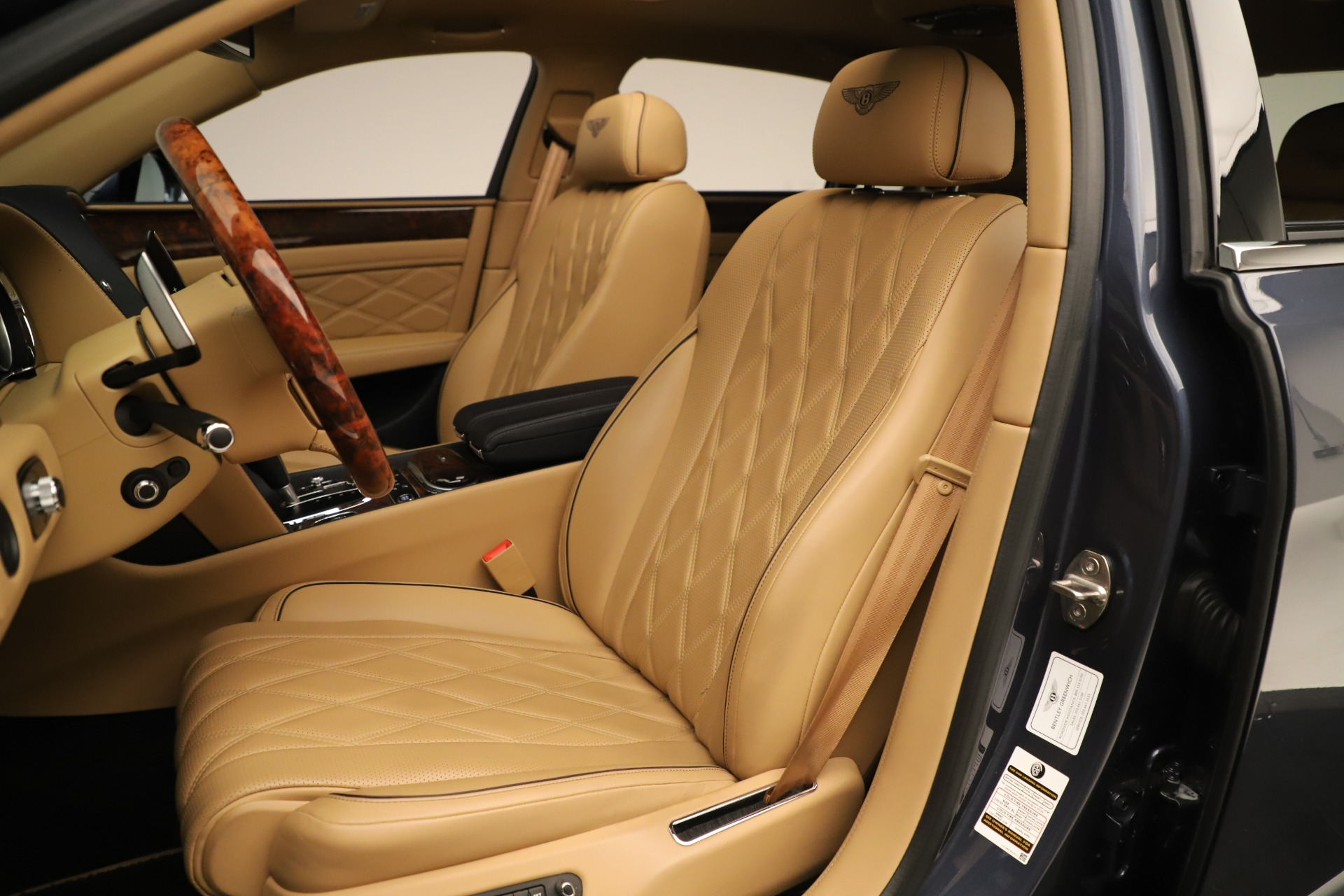 Used 2016 Bentley Flying Spur W12 For Sale In Greenwich, CT 3171_p19