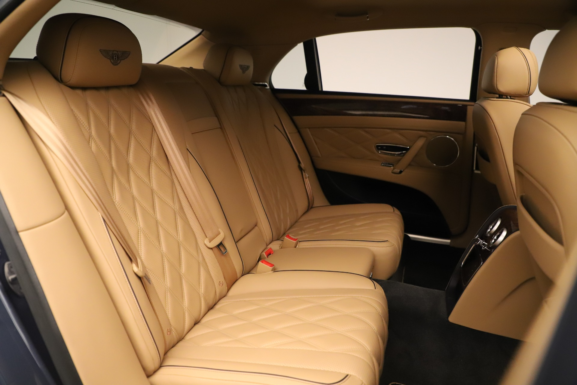 Used 2016 Bentley Flying Spur W12 For Sale In Greenwich, CT 3171_p31