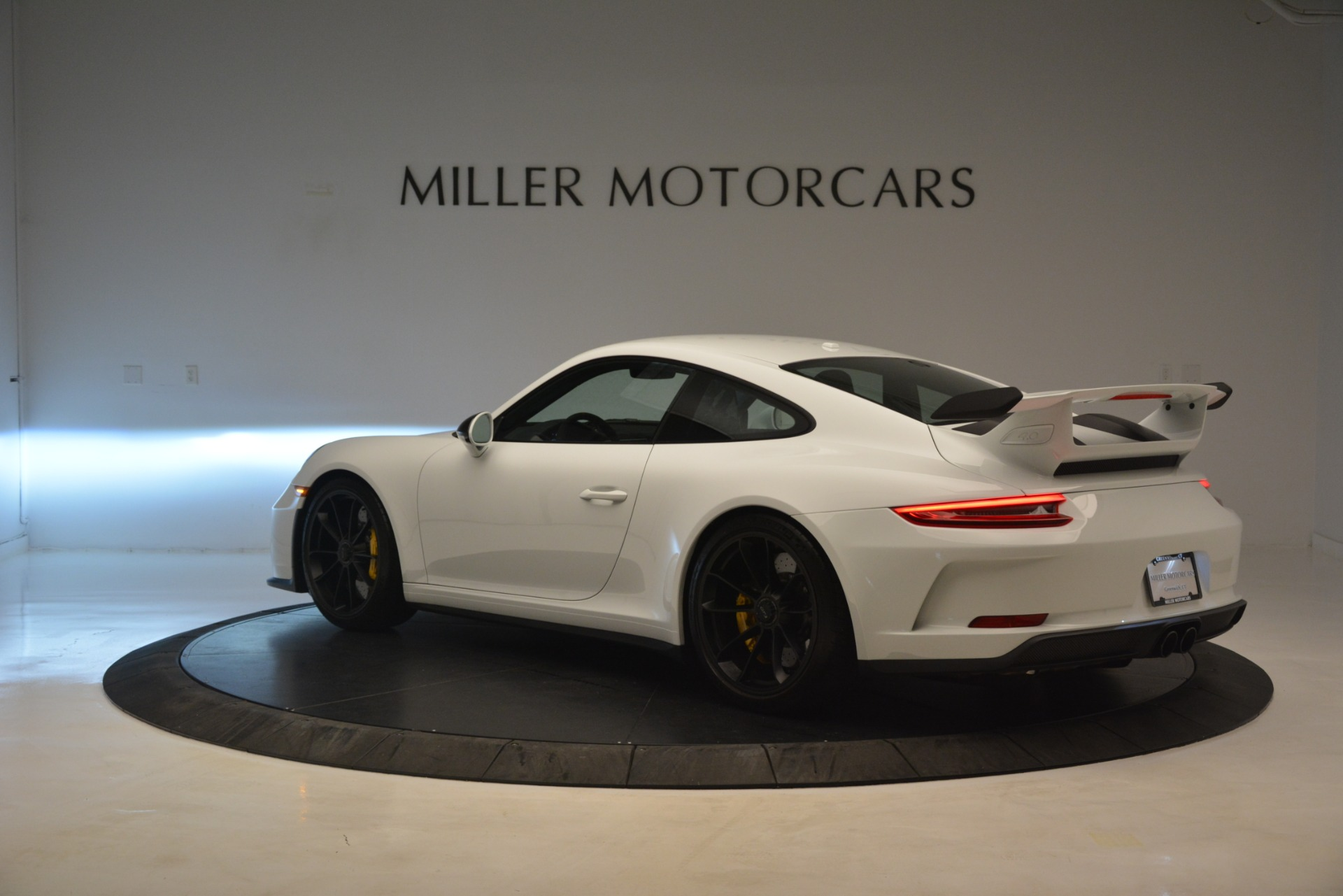 Used 2018 Porsche 911 GT3 For Sale In Greenwich, CT 3176_p3