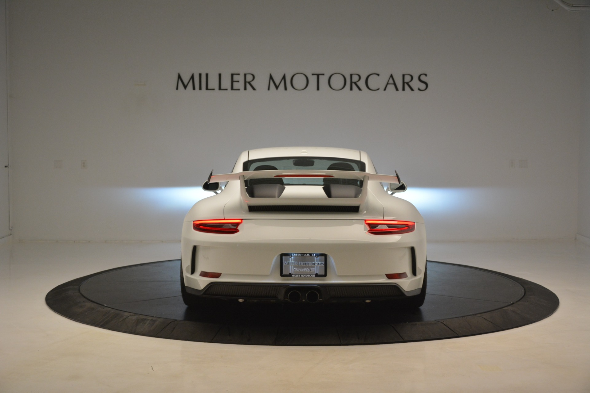 Used 2018 Porsche 911 GT3 For Sale In Greenwich, CT 3176_p4