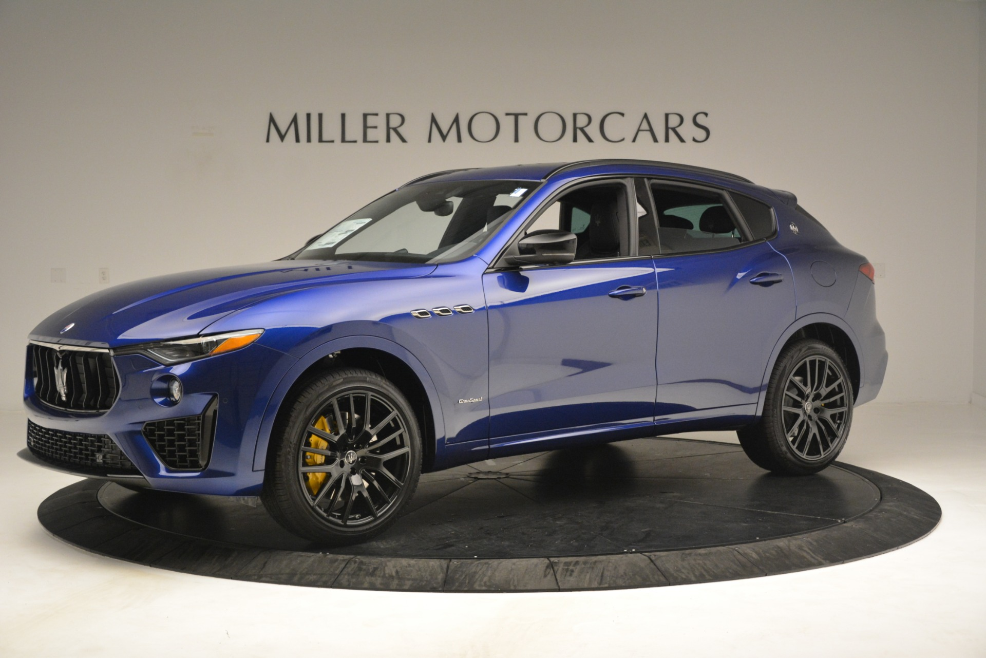 New 2019 Maserati Levante SQ4 GranSport Nerissimo For Sale In Greenwich, CT 3179_p2
