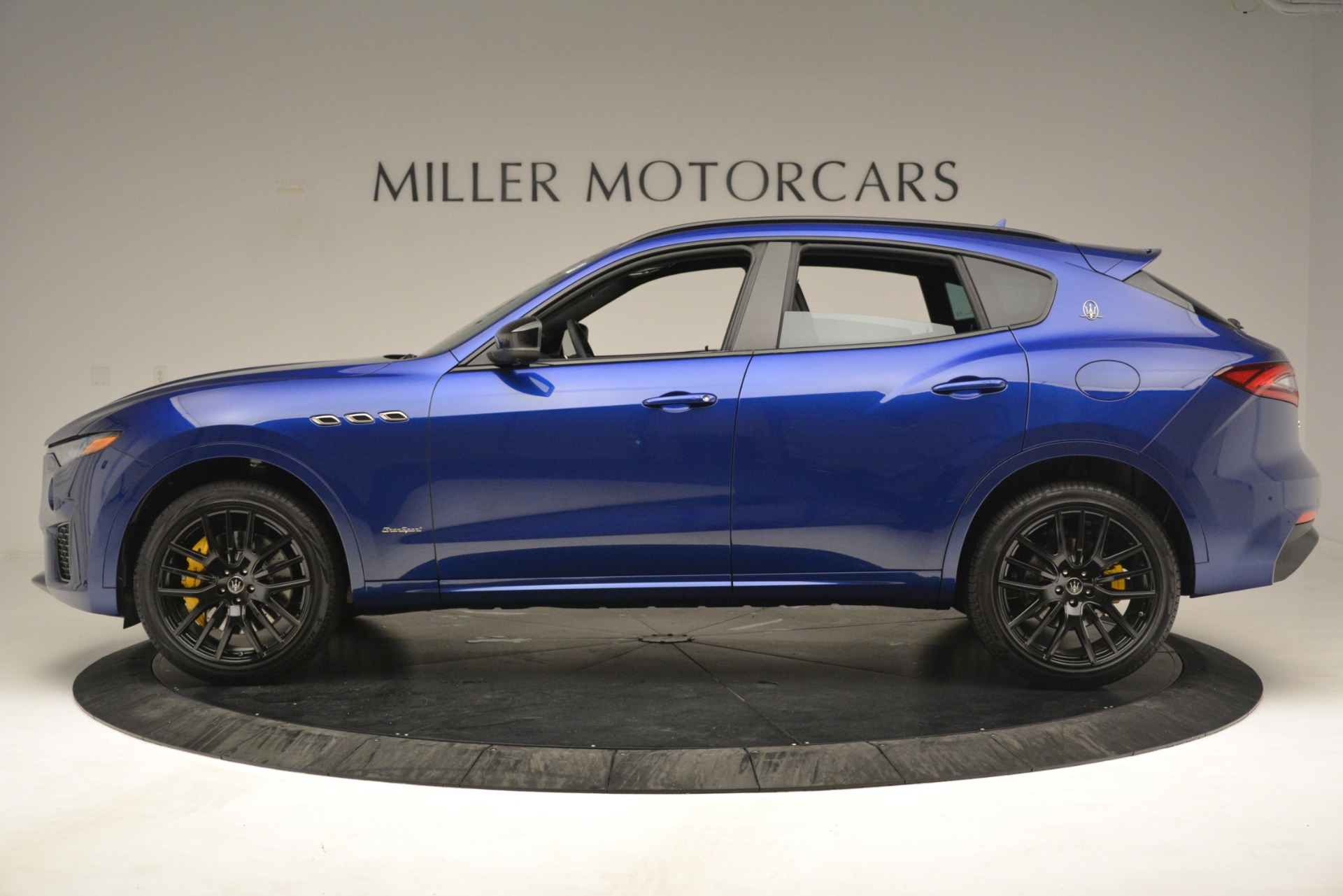 New 2019 Maserati Levante SQ4 GranSport Nerissimo For Sale In Greenwich, CT 3179_p3