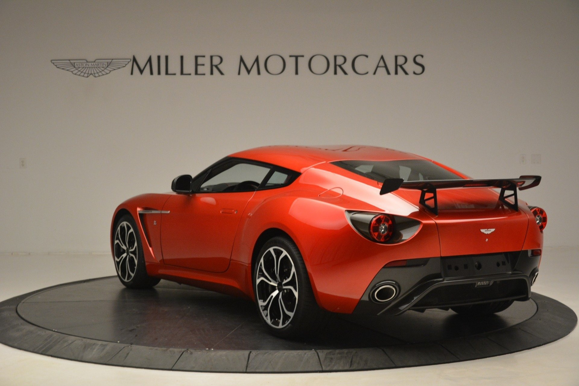 Used 2013 Aston Martin V12 Zagato Coupe For Sale In Greenwich, CT 3181_p4