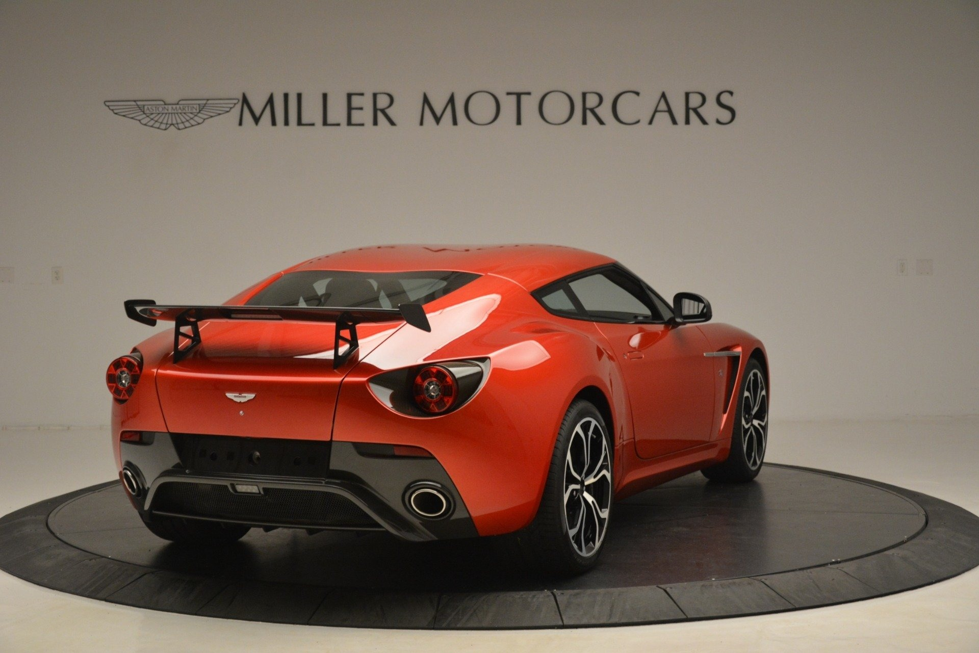 Used 2013 Aston Martin V12 Zagato Coupe For Sale In Greenwich, CT 3181_p5