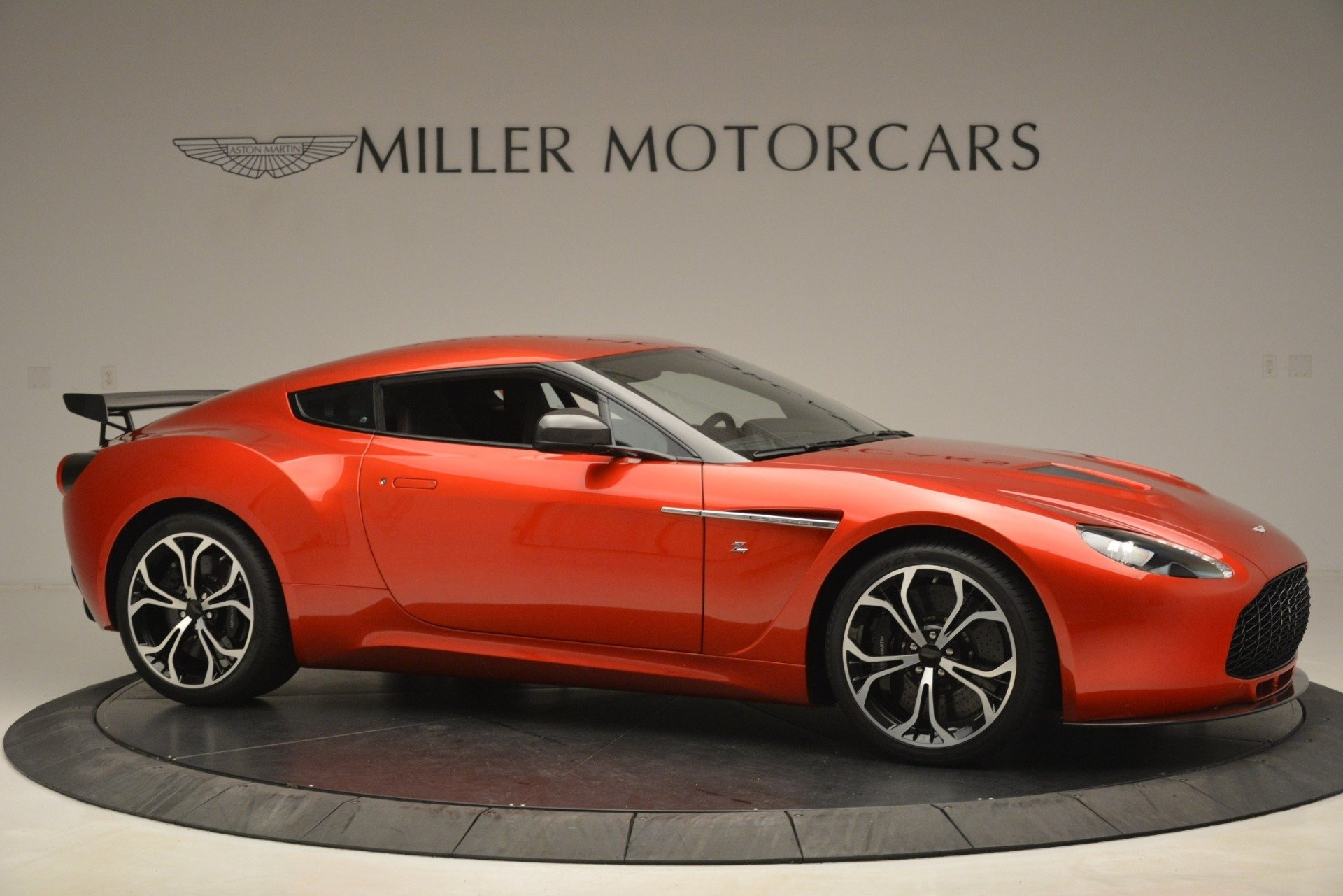 Used 2013 Aston Martin V12 Zagato Coupe For Sale In Greenwich, CT 3181_p9