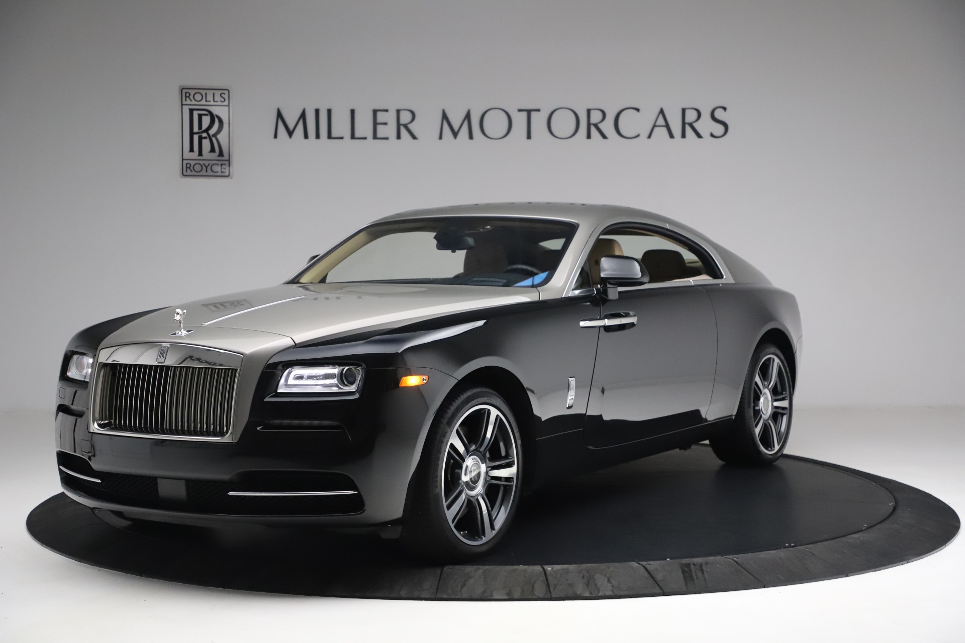 Used 2015 Rolls-Royce Wraith  For Sale In Greenwich, CT 3184_p4
