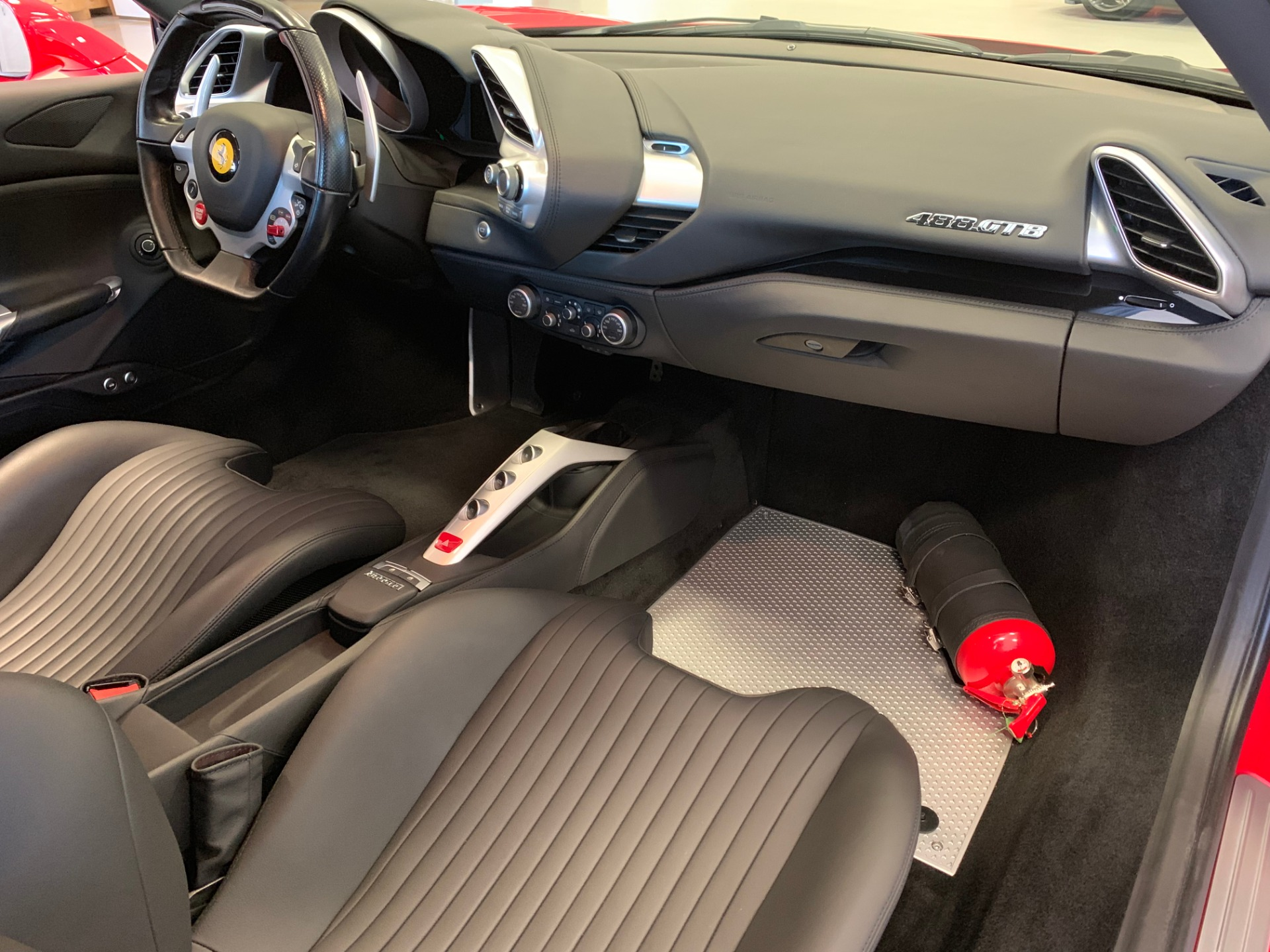 Used 2018 Ferrari 488 GTB  For Sale In Greenwich, CT 3185_p16