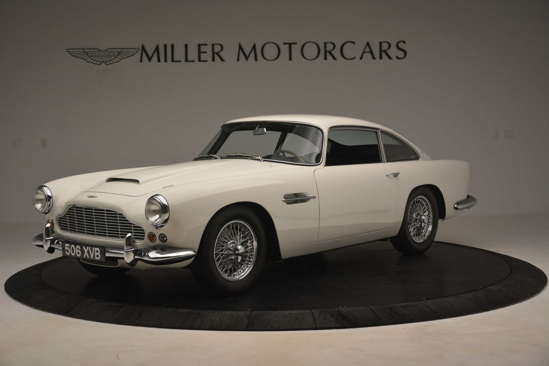 Used 1961 Aston Martin DB4 Series IV Coupe For Sale In Greenwich, CT 3186_main
