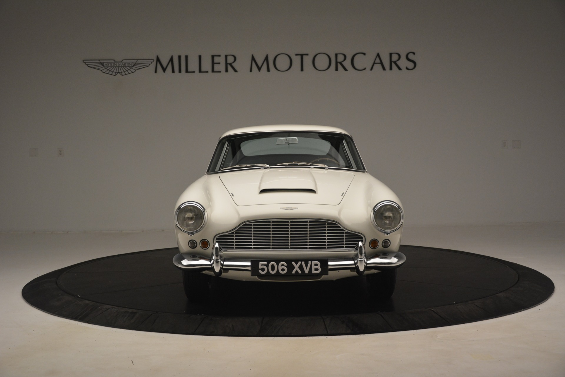 Used 1961 Aston Martin DB4 Series IV Coupe For Sale In Greenwich, CT 3186_p12