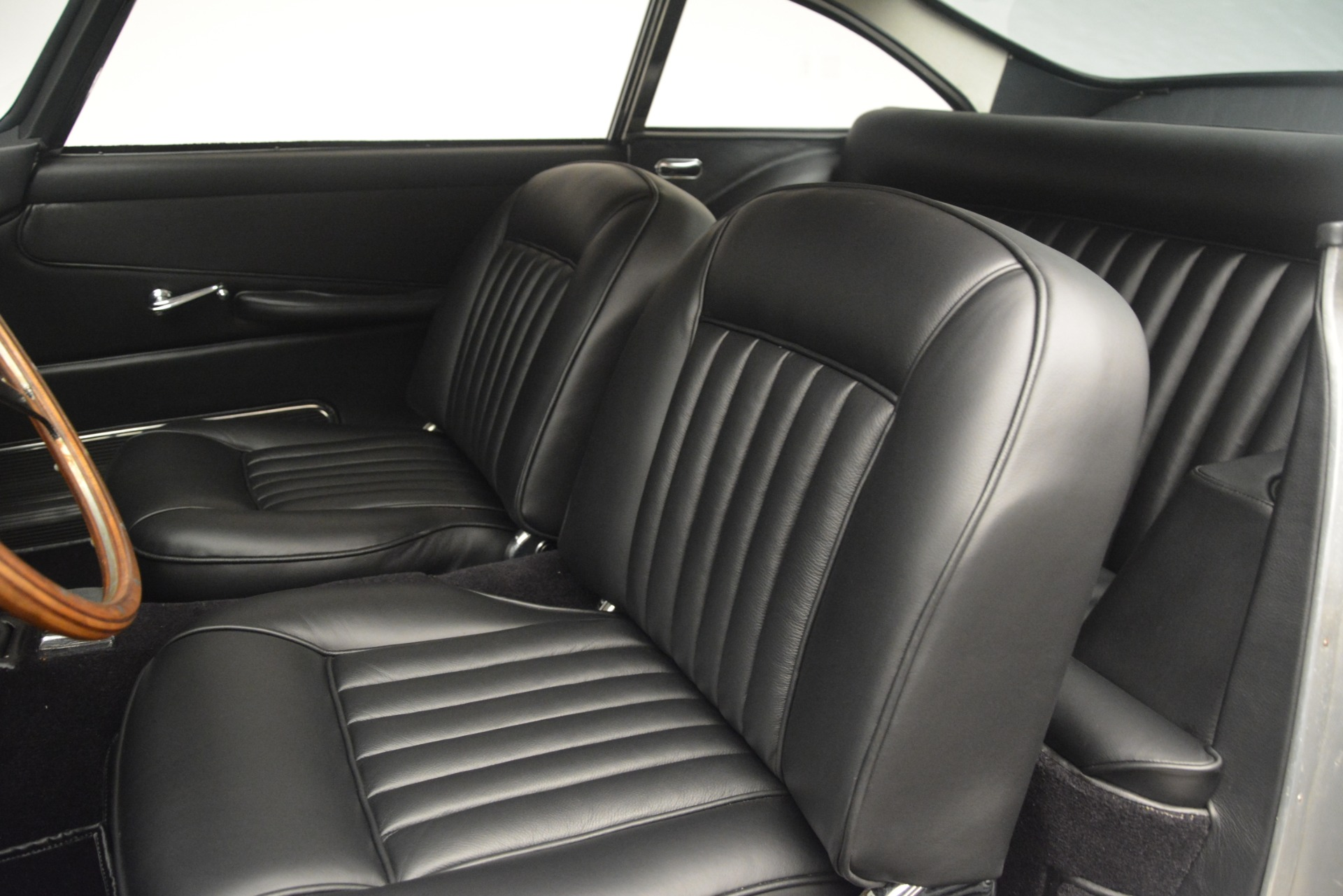 Used 1961 Aston Martin DB4 Series IV Coupe For Sale In Greenwich, CT 3186_p22