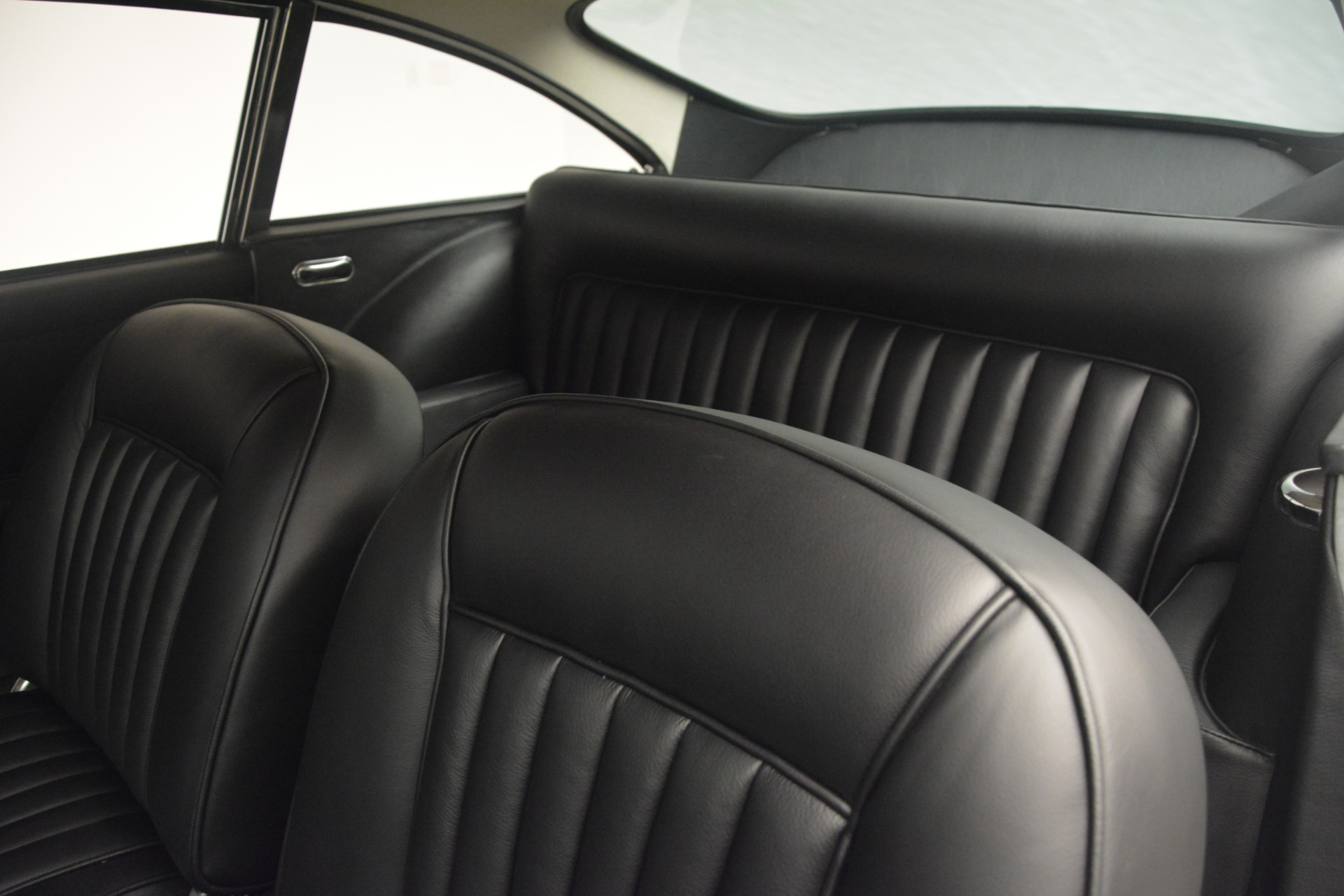 Used 1961 Aston Martin DB4 Series IV Coupe For Sale In Greenwich, CT 3186_p23