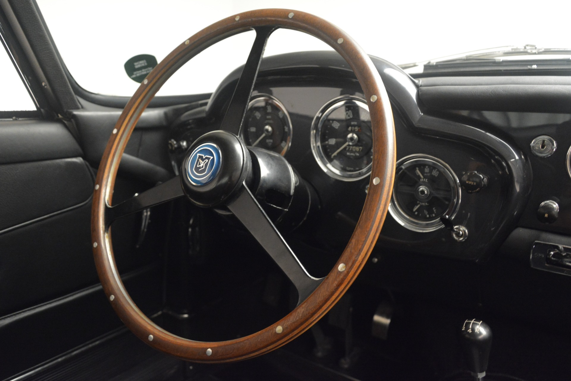 Used 1961 Aston Martin DB4 Series IV Coupe For Sale In Greenwich, CT 3186_p27