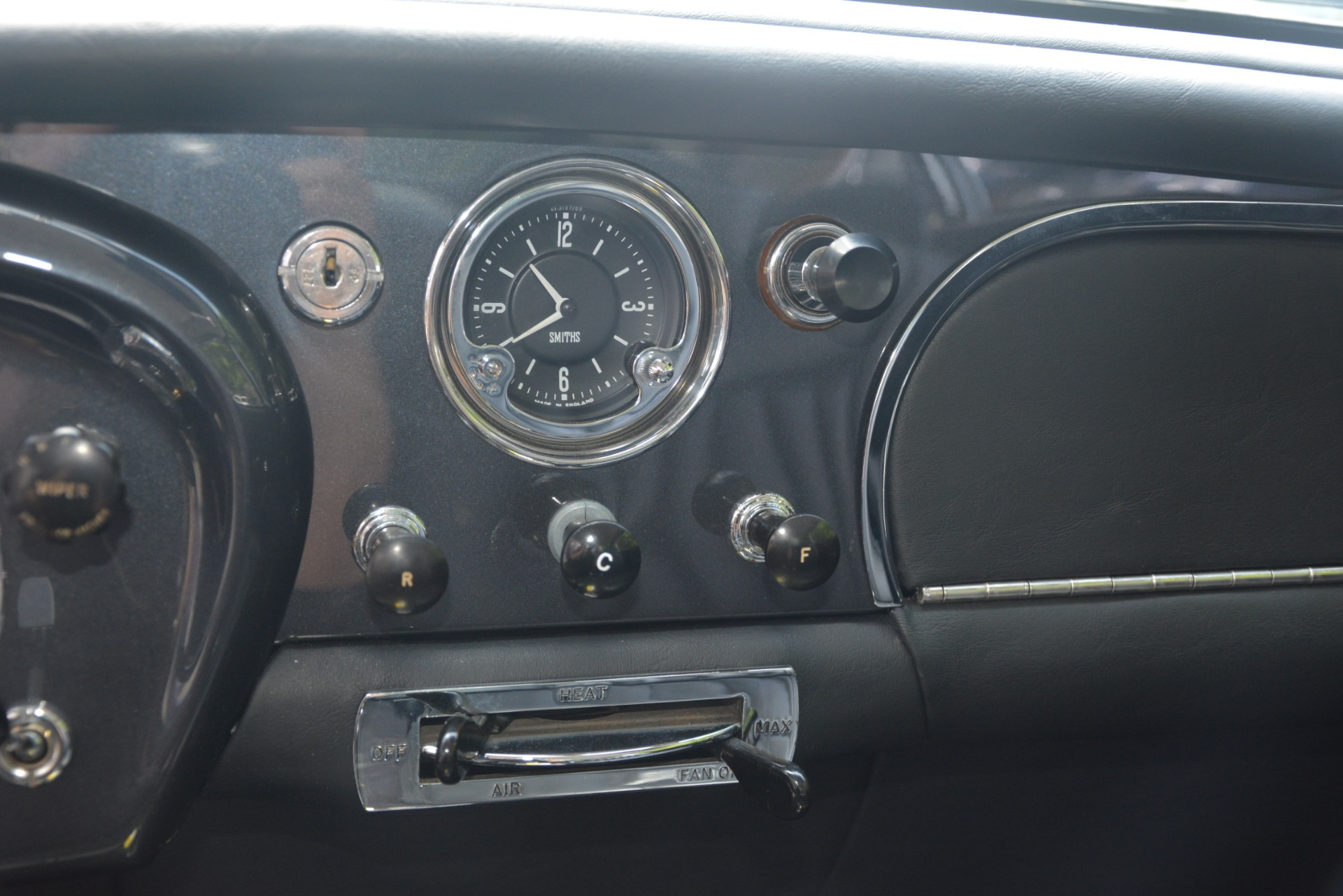 Used 1961 Aston Martin DB4 Series IV Coupe For Sale In Greenwich, CT 3186_p30