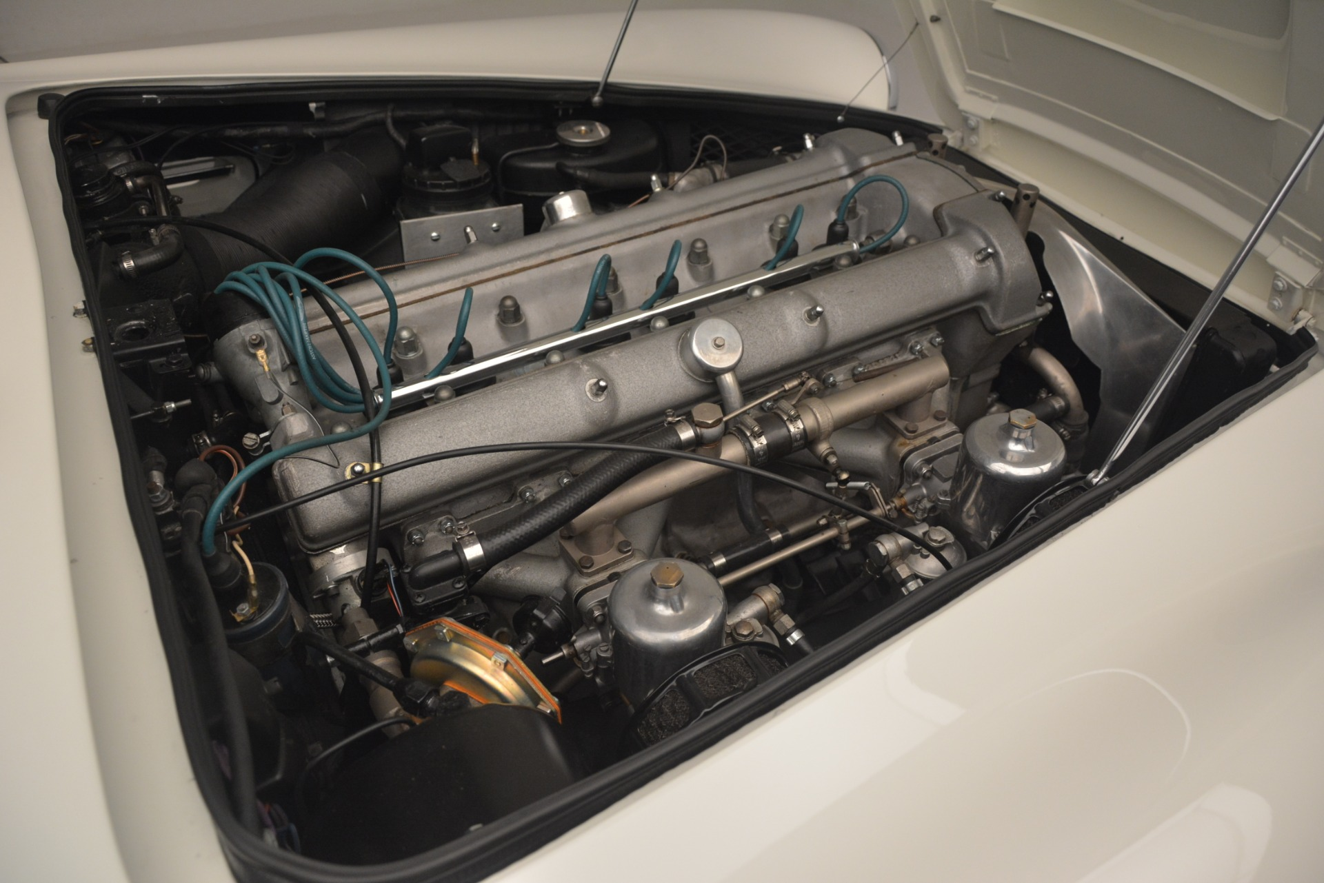 Used 1961 Aston Martin DB4 Series IV Coupe For Sale In Greenwich, CT 3186_p34