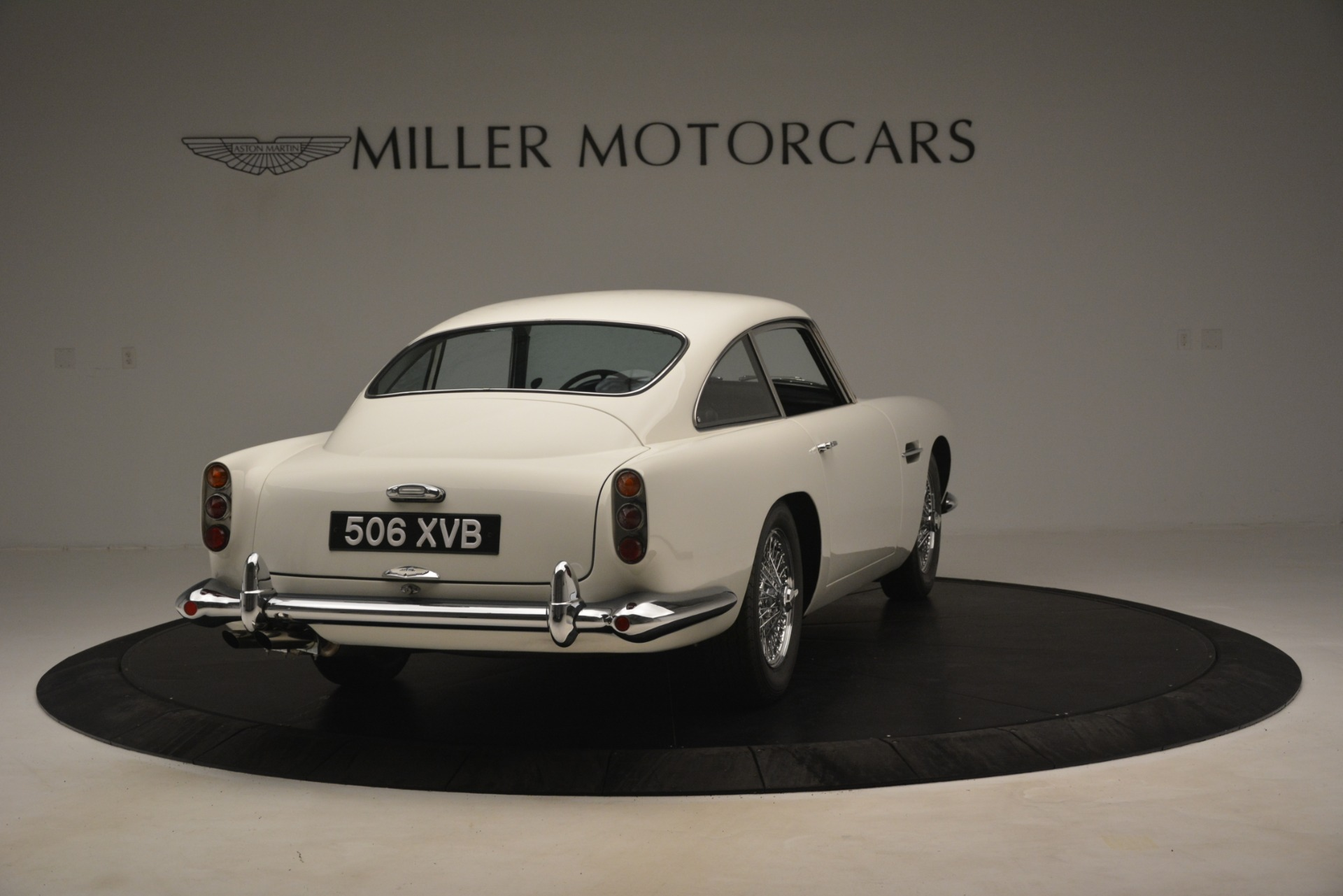 Used 1961 Aston Martin DB4 Series IV Coupe For Sale In Greenwich, CT 3186_p7