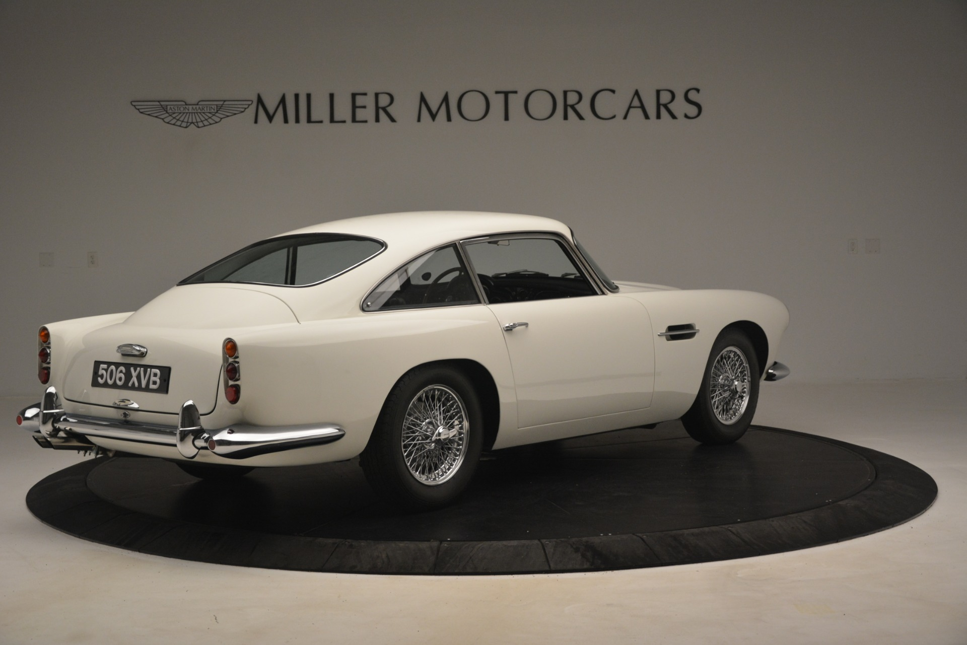 Used 1961 Aston Martin DB4 Series IV Coupe For Sale In Greenwich, CT 3186_p8