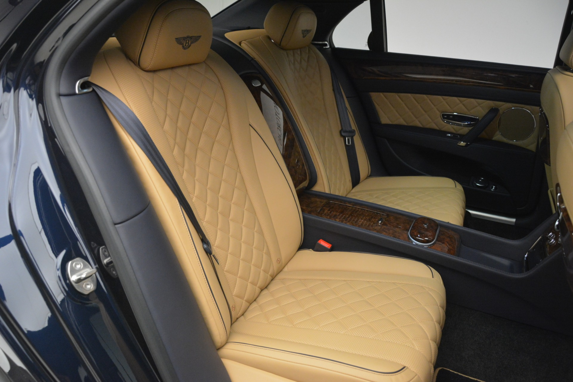 Used 2017 Bentley Flying Spur V8 S For Sale In Greenwich, CT 3187_p24