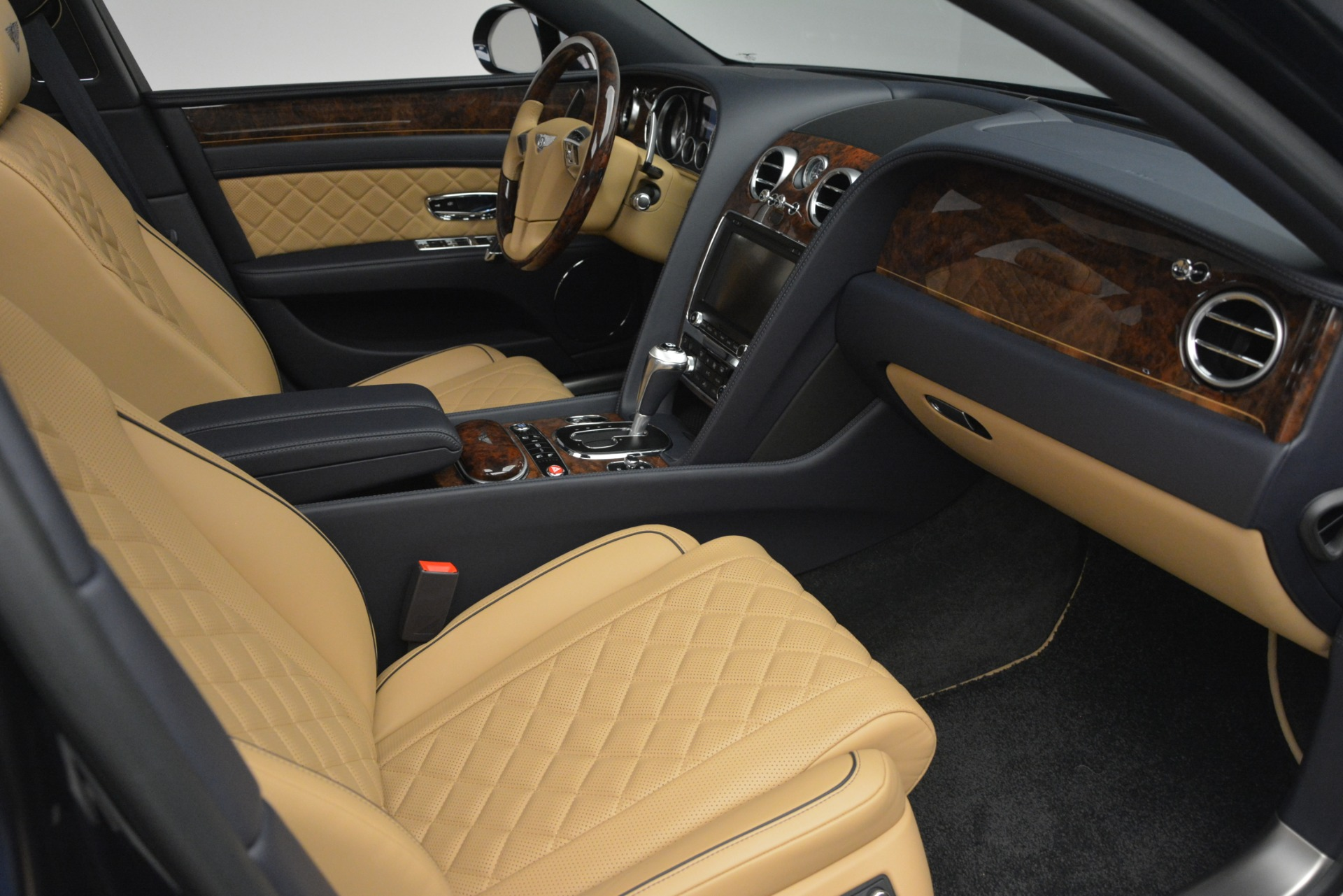 Used 2017 Bentley Flying Spur V8 S For Sale In Greenwich, CT 3187_p30