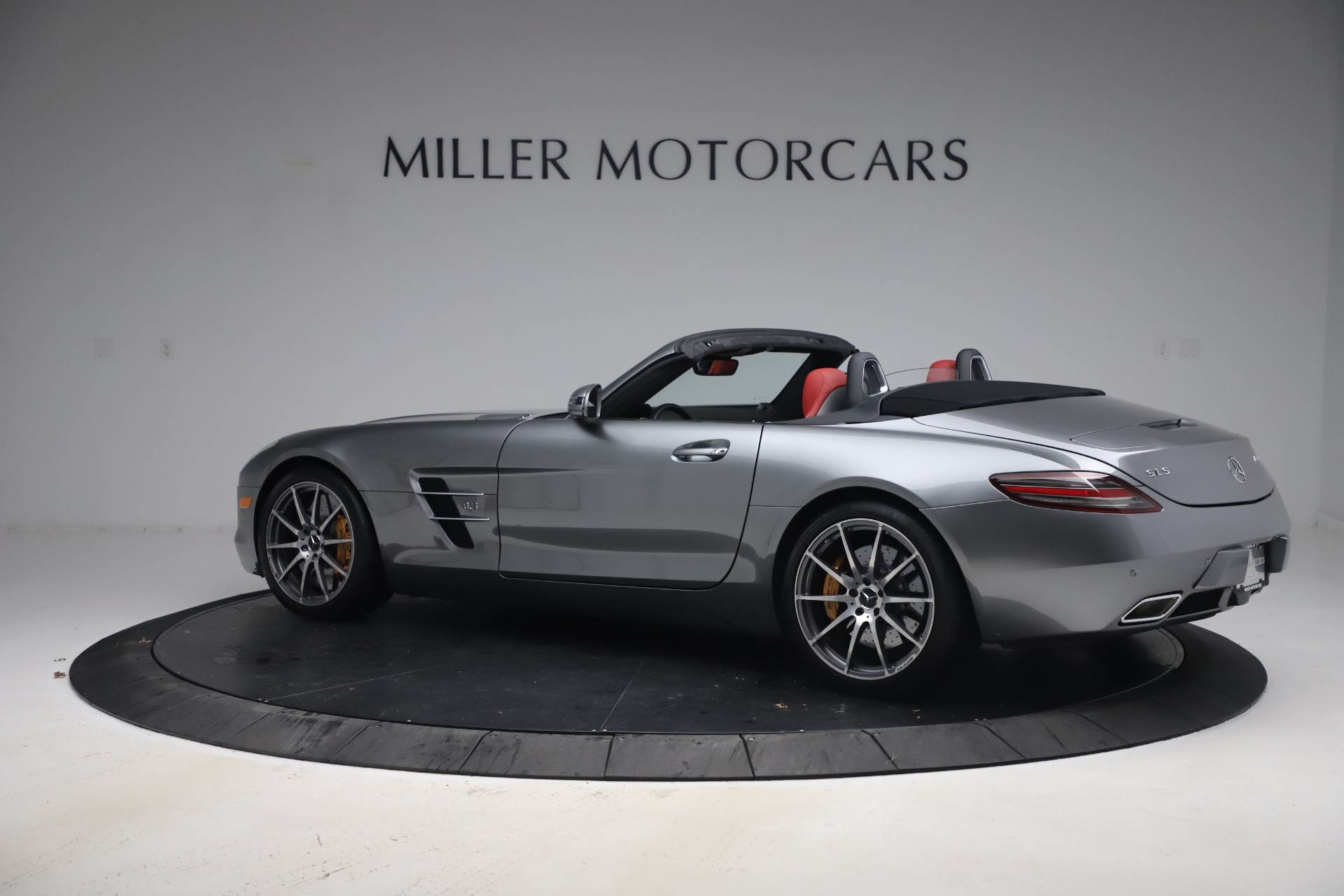 Used 2012 Mercedes-Benz SLS AMG  For Sale In Greenwich, CT 3189_p5