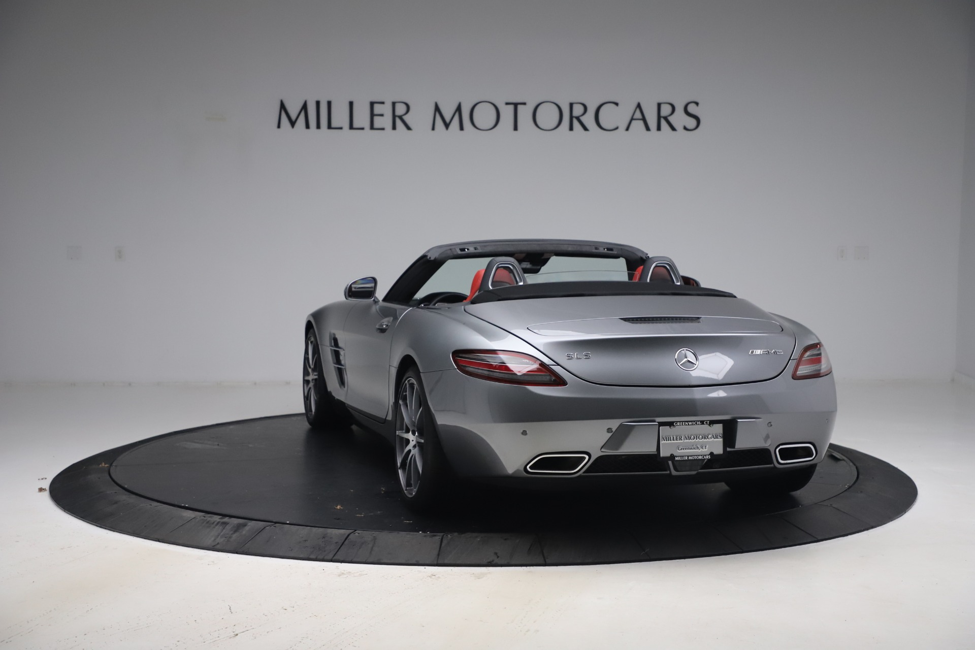 Used 2012 Mercedes-Benz SLS AMG  For Sale In Greenwich, CT 3189_p7