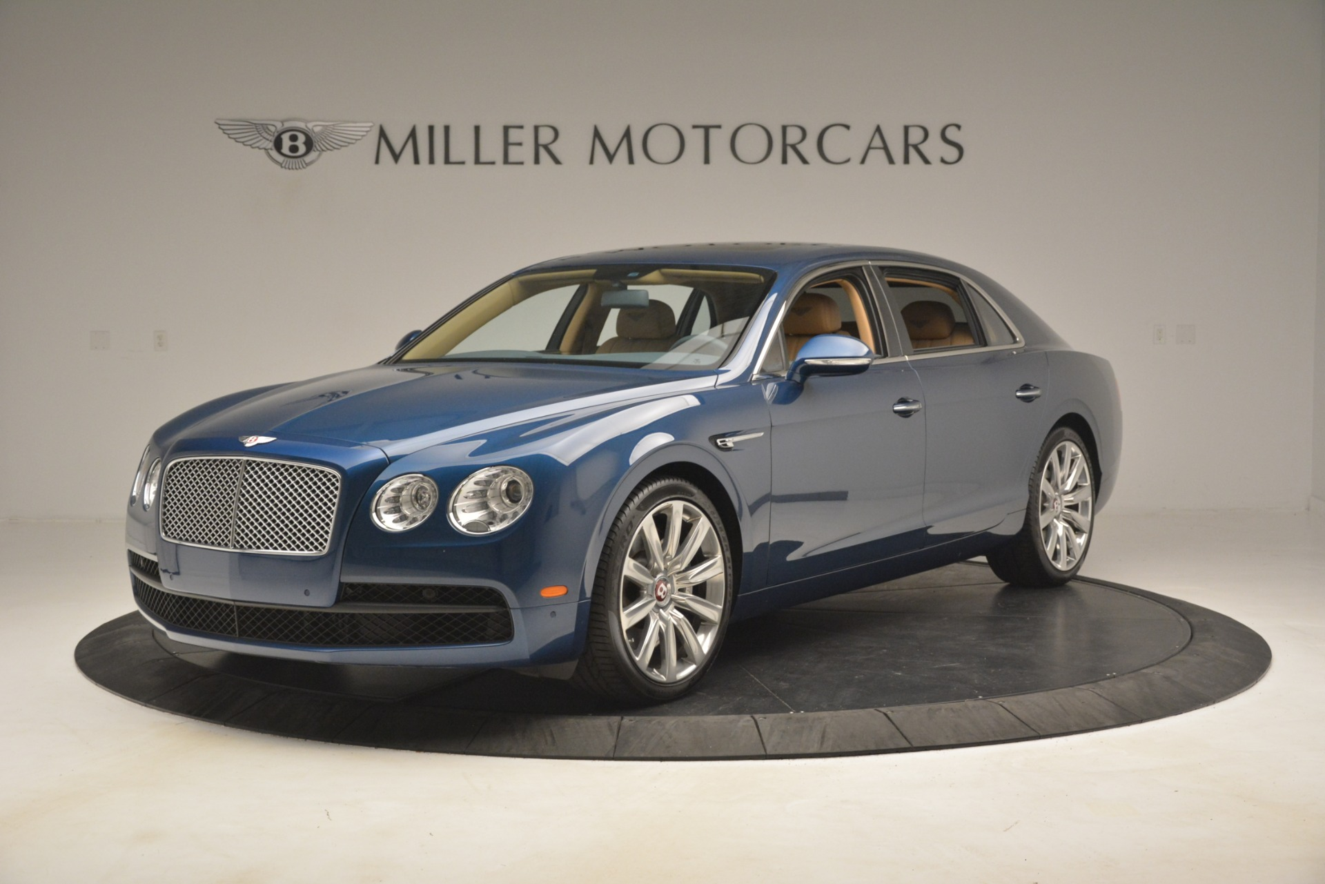 Used 2016 Bentley Flying Spur V8 For Sale In Greenwich, CT 3195_main