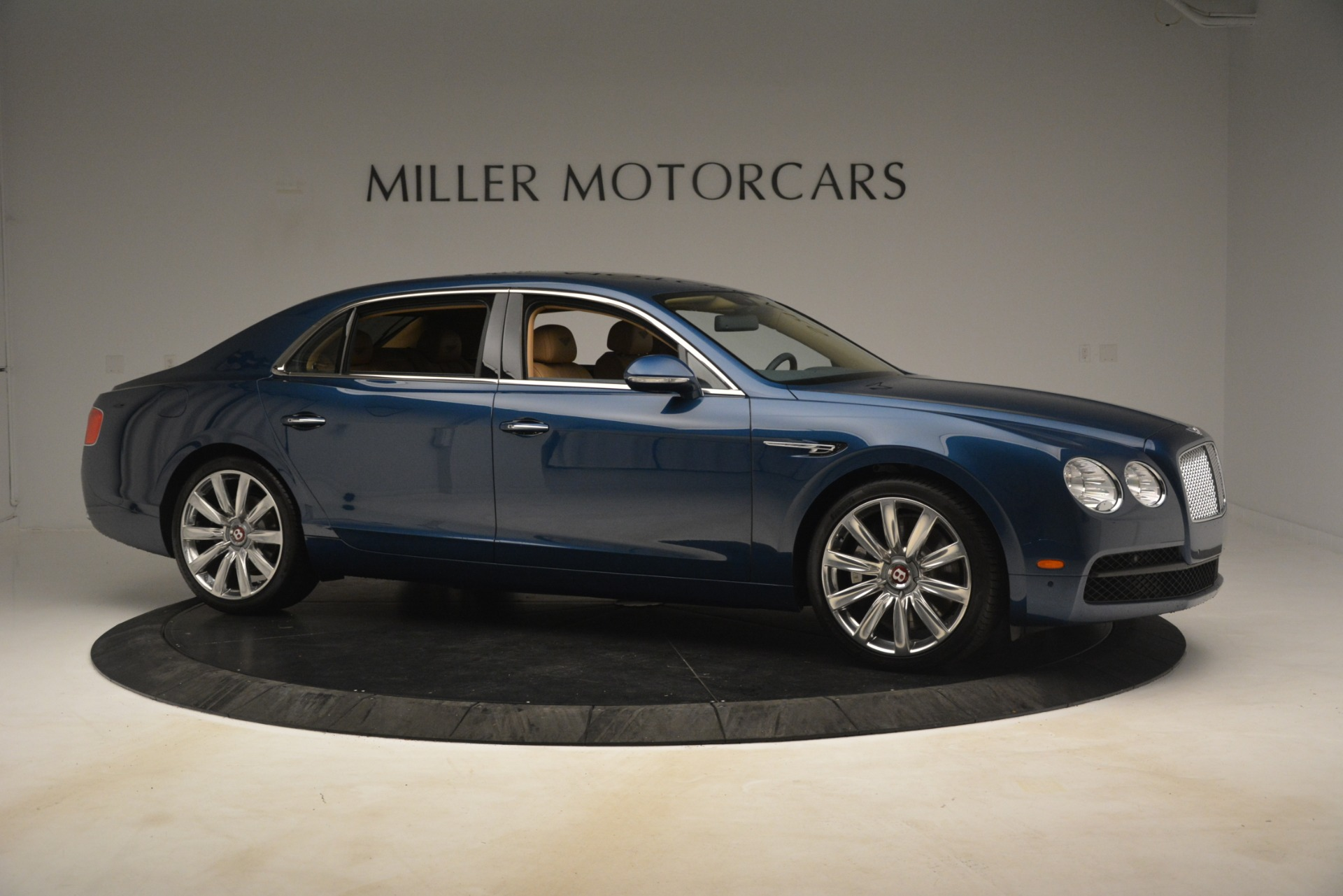 Used 2016 Bentley Flying Spur V8 For Sale In Greenwich, CT 3195_p10