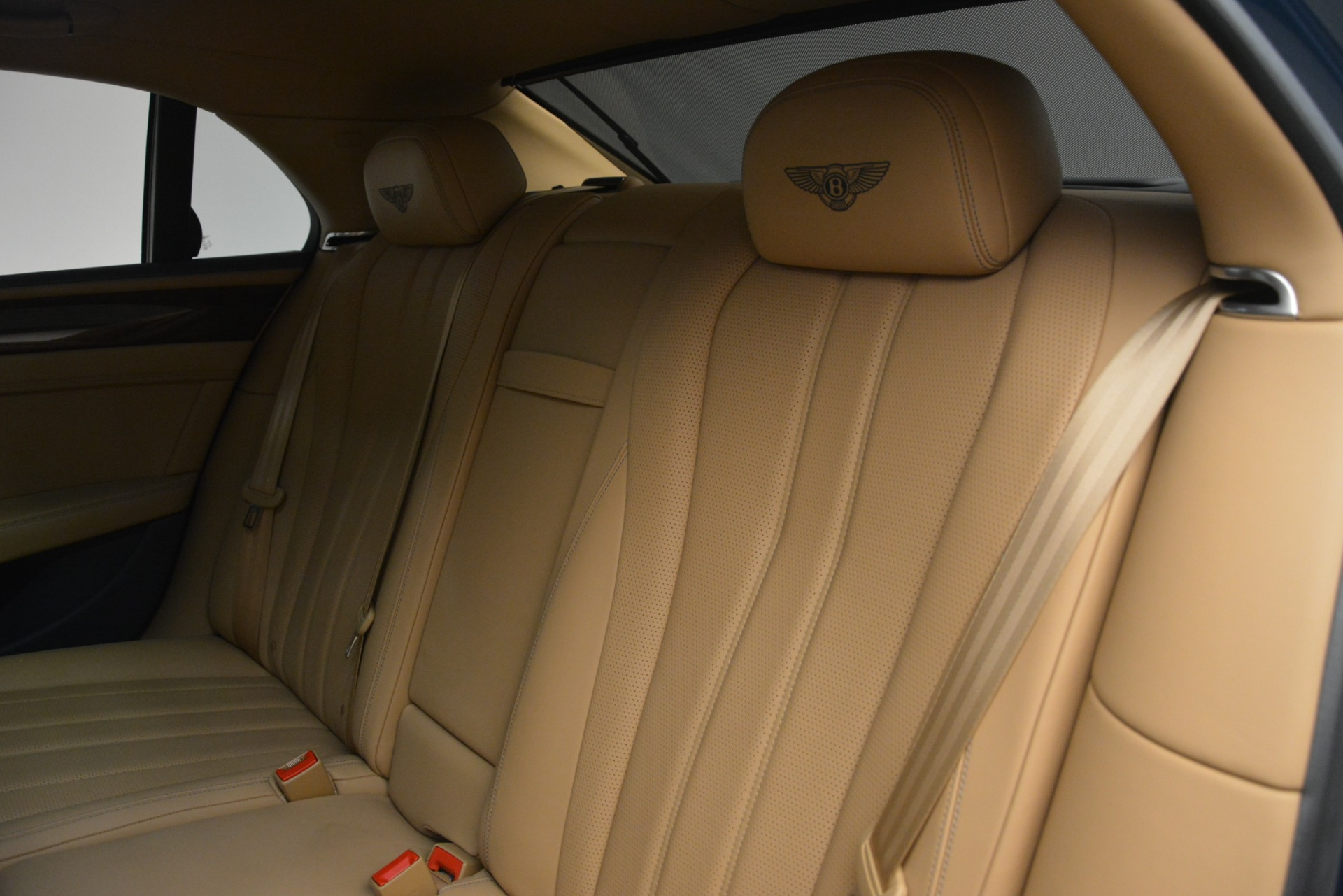 Used 2016 Bentley Flying Spur V8 For Sale In Greenwich, CT 3195_p23