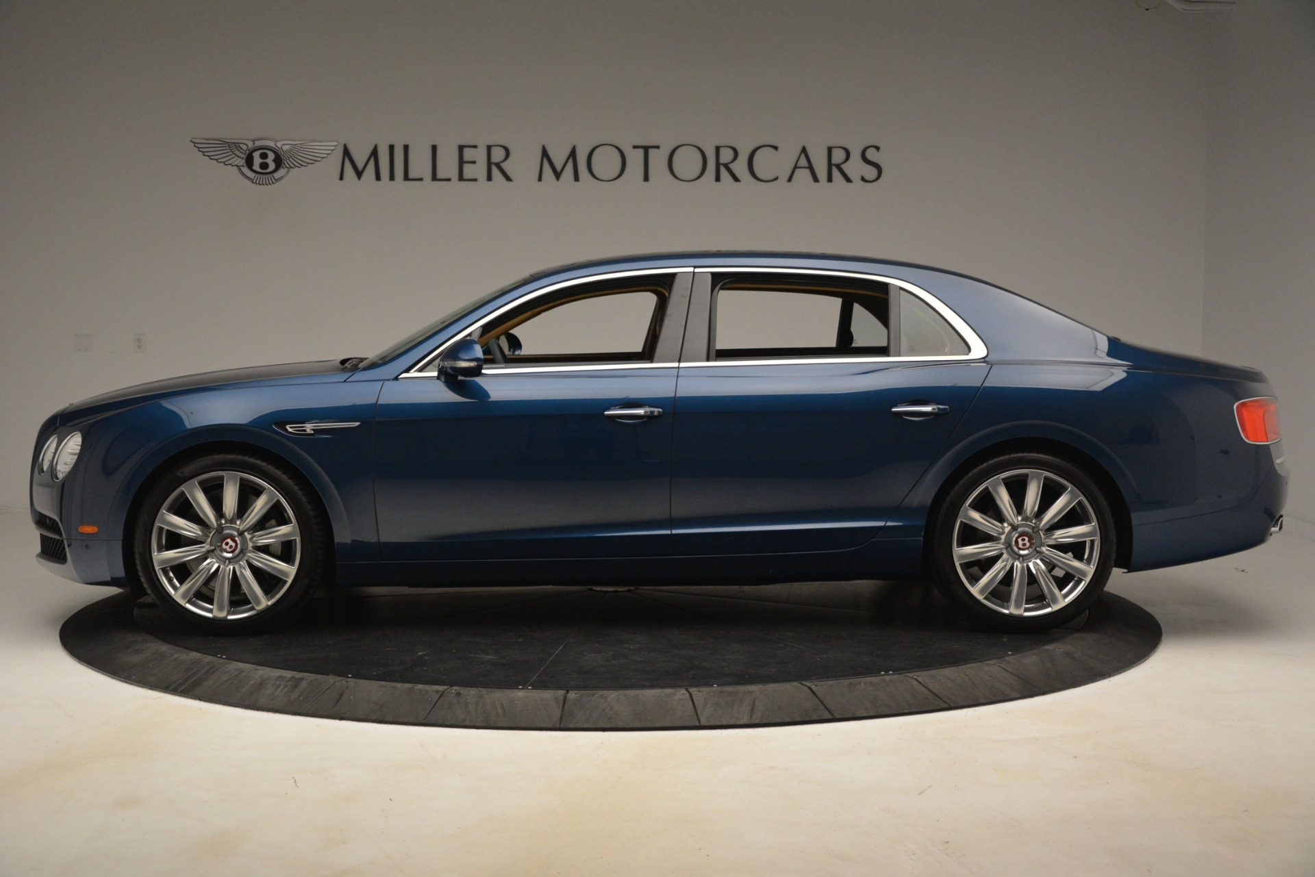 Used 2016 Bentley Flying Spur V8 For Sale In Greenwich, CT 3195_p3