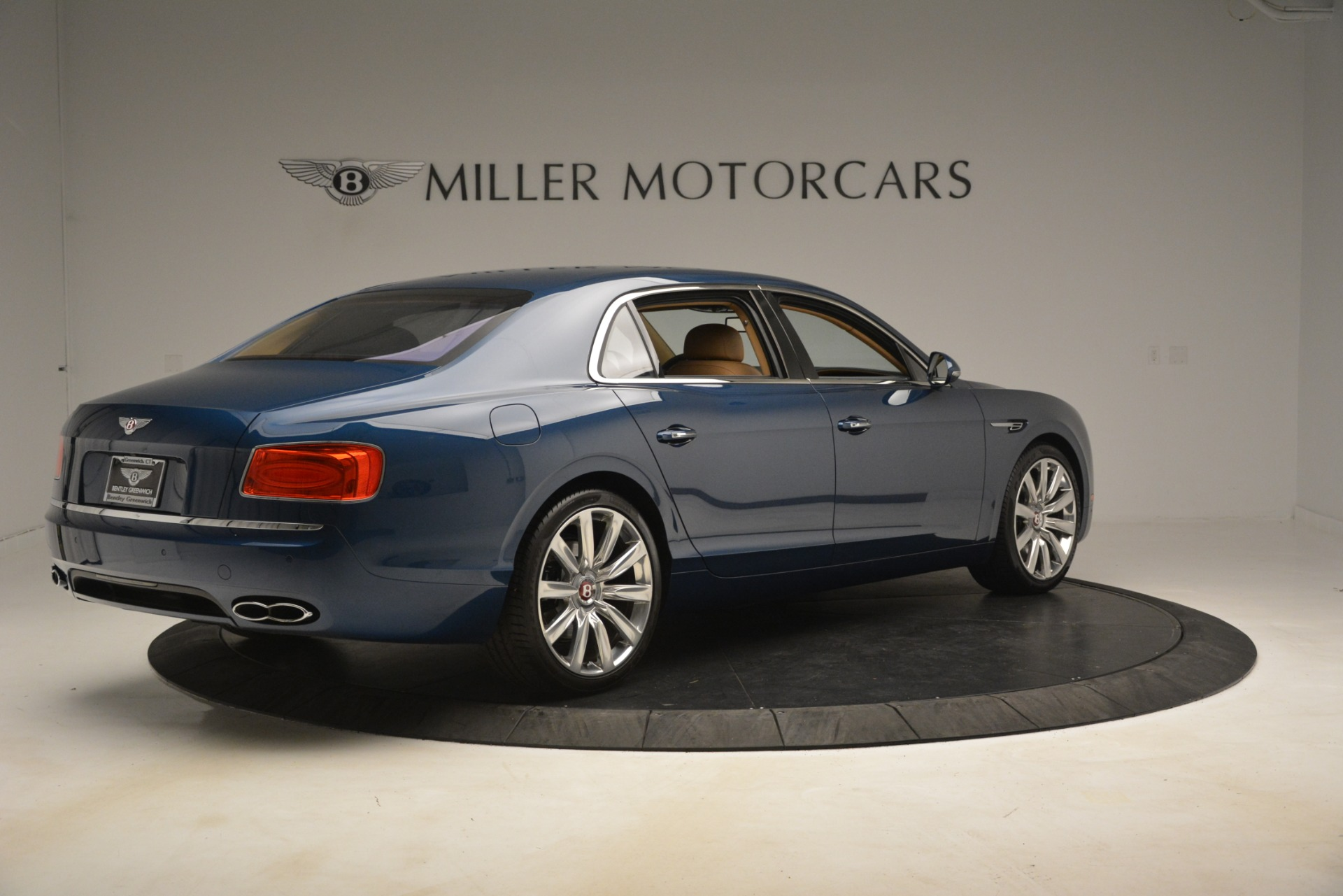 Used 2016 Bentley Flying Spur V8 For Sale In Greenwich, CT 3195_p8