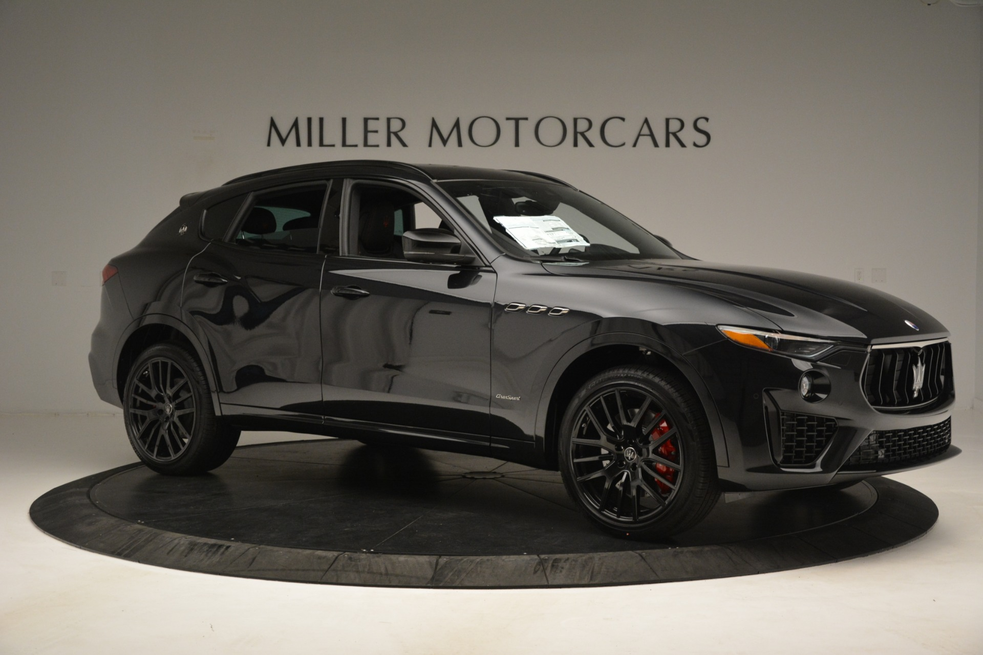 New 2019 Maserati Levante SQ4 GranSport Nerissimo For Sale In Greenwich, CT 3199_p10