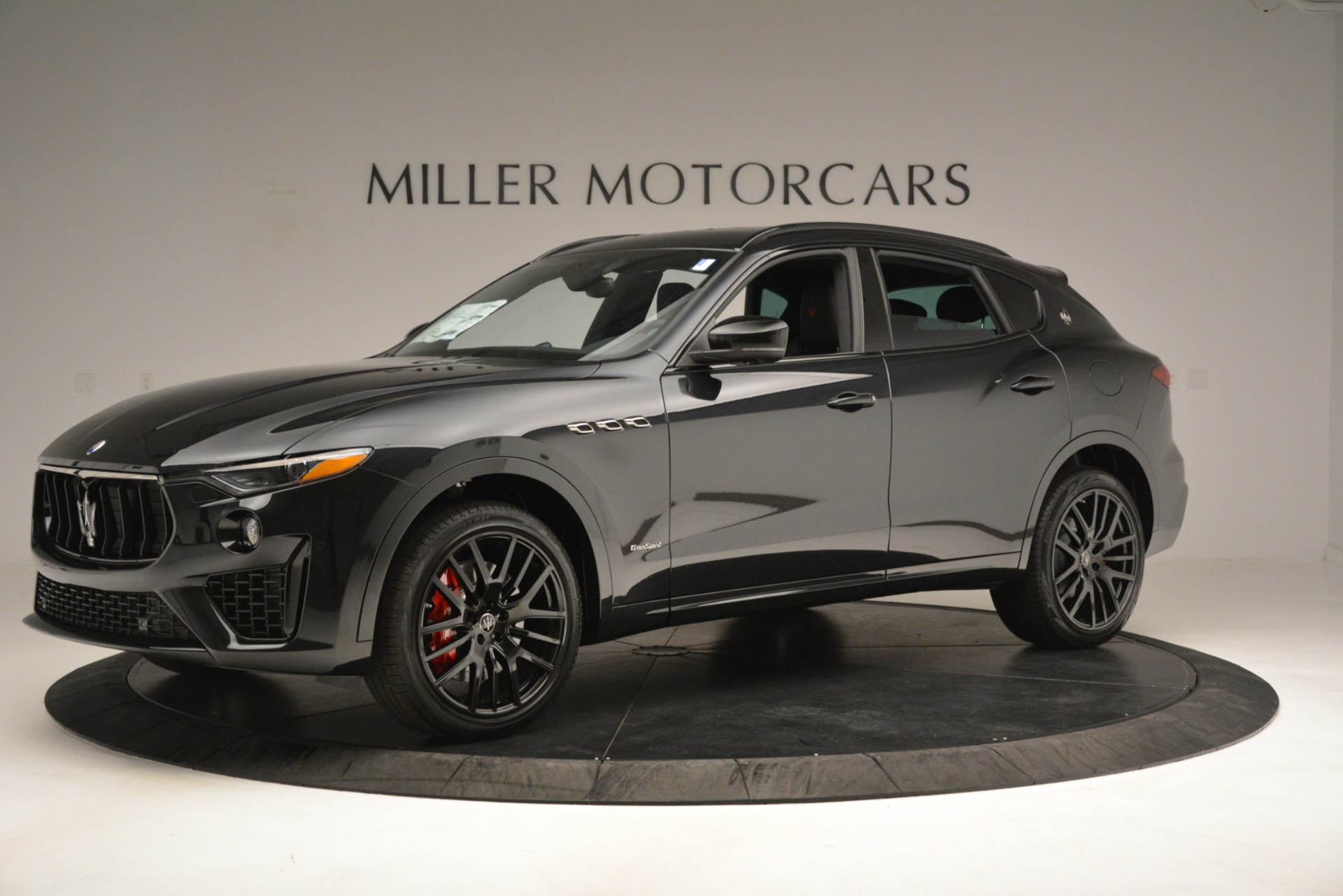 New 2019 Maserati Levante SQ4 GranSport Nerissimo For Sale In Greenwich, CT 3199_p2
