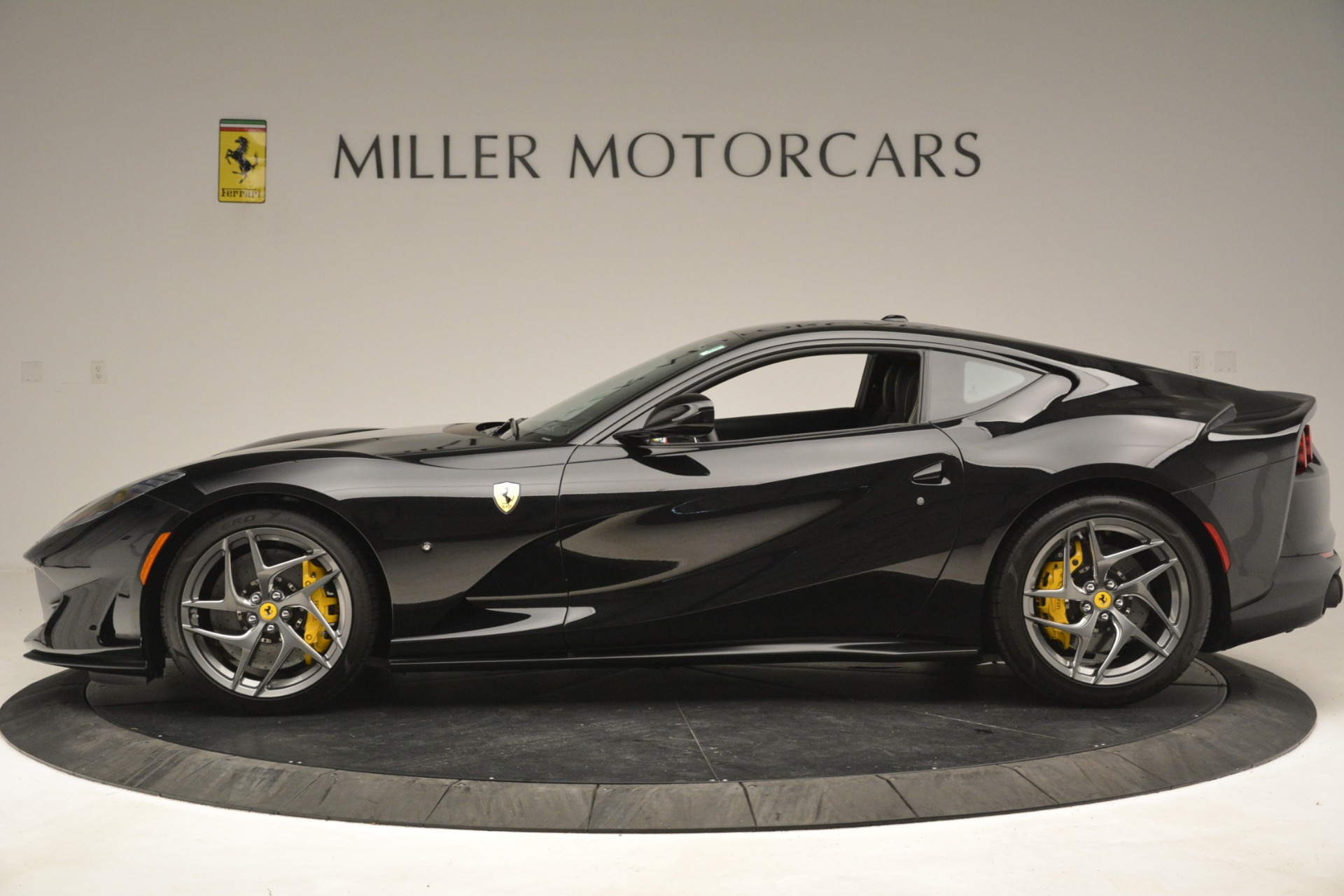 Used 2019 Ferrari 812 Superfast  For Sale In Greenwich, CT 3200_p3