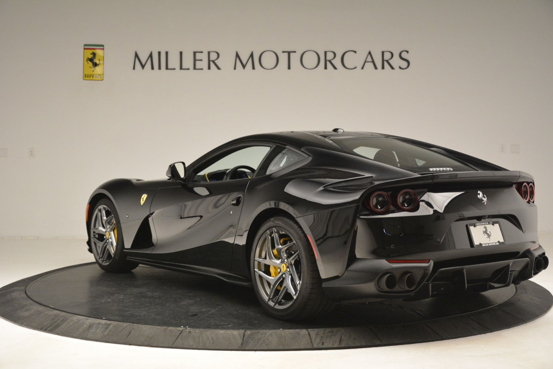 Used 2019 Ferrari 812 Superfast  For Sale In Greenwich, CT 3200_p5