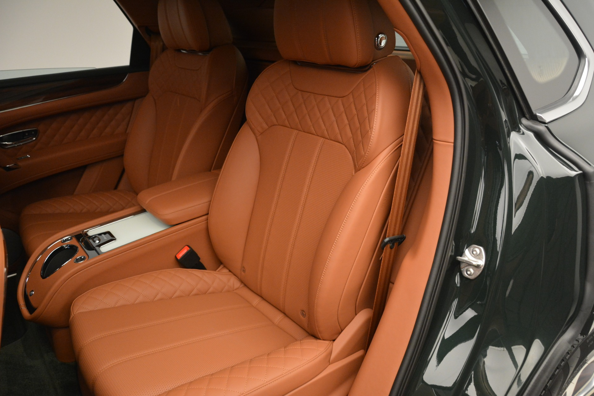 New 2019 Bentley Bentayga V8 For Sale In Greenwich, CT 3203_p23