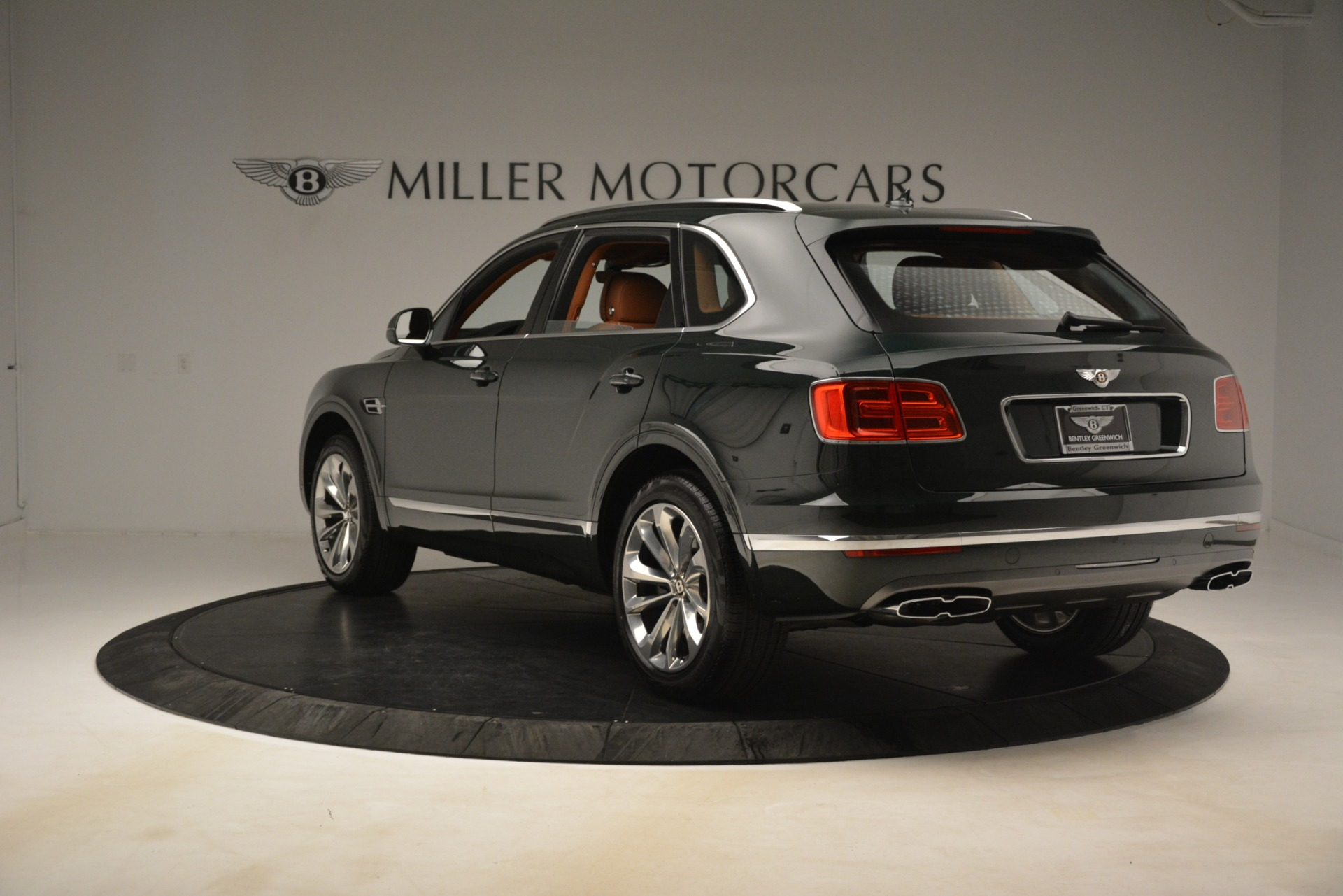 New 2019 Bentley Bentayga V8 For Sale In Greenwich, CT 3203_p5
