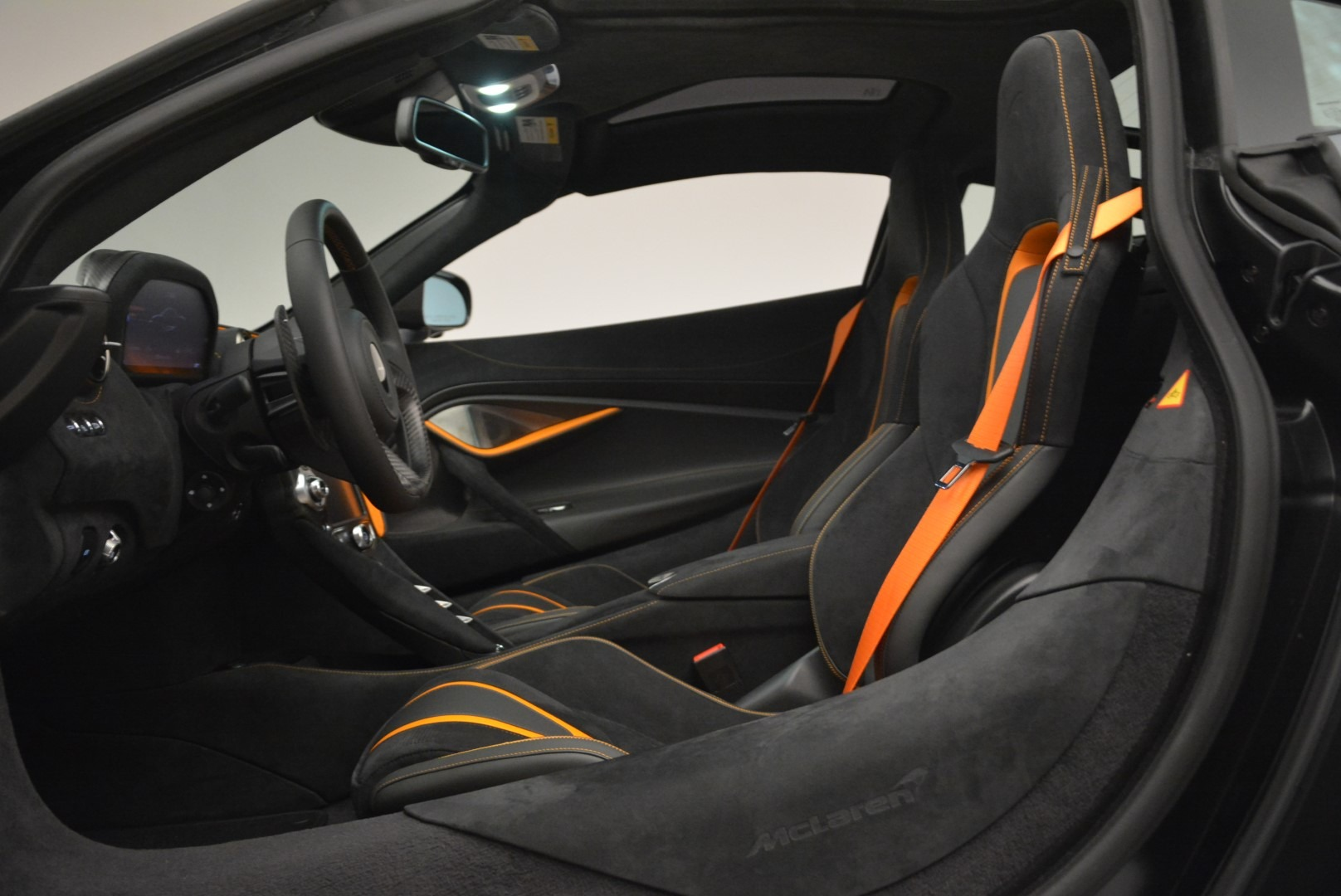 Used 2018 McLaren 720S Coupe For Sale In Greenwich, CT 3205_p16