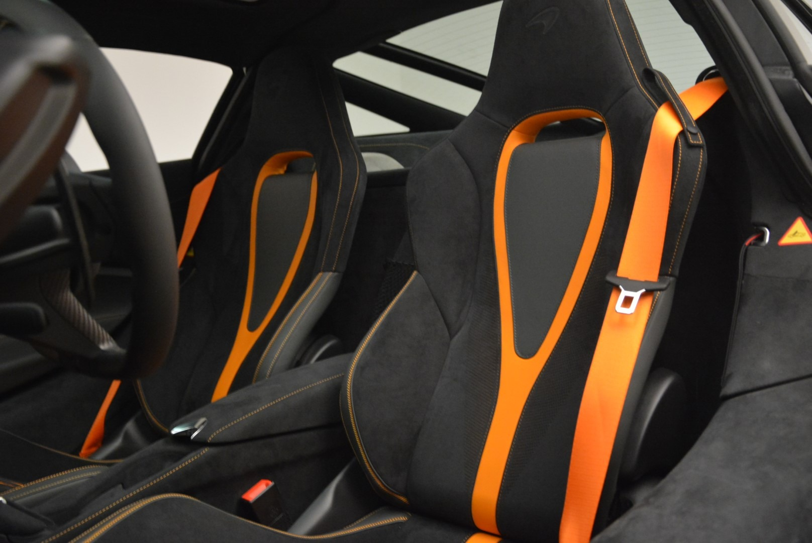 Used 2018 McLaren 720S Coupe For Sale In Greenwich, CT 3205_p17