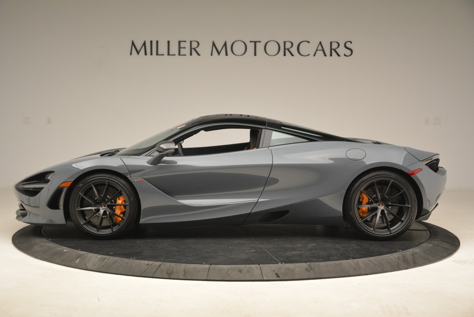 Used 2018 McLaren 720S Coupe For Sale In Greenwich, CT 3205_p3