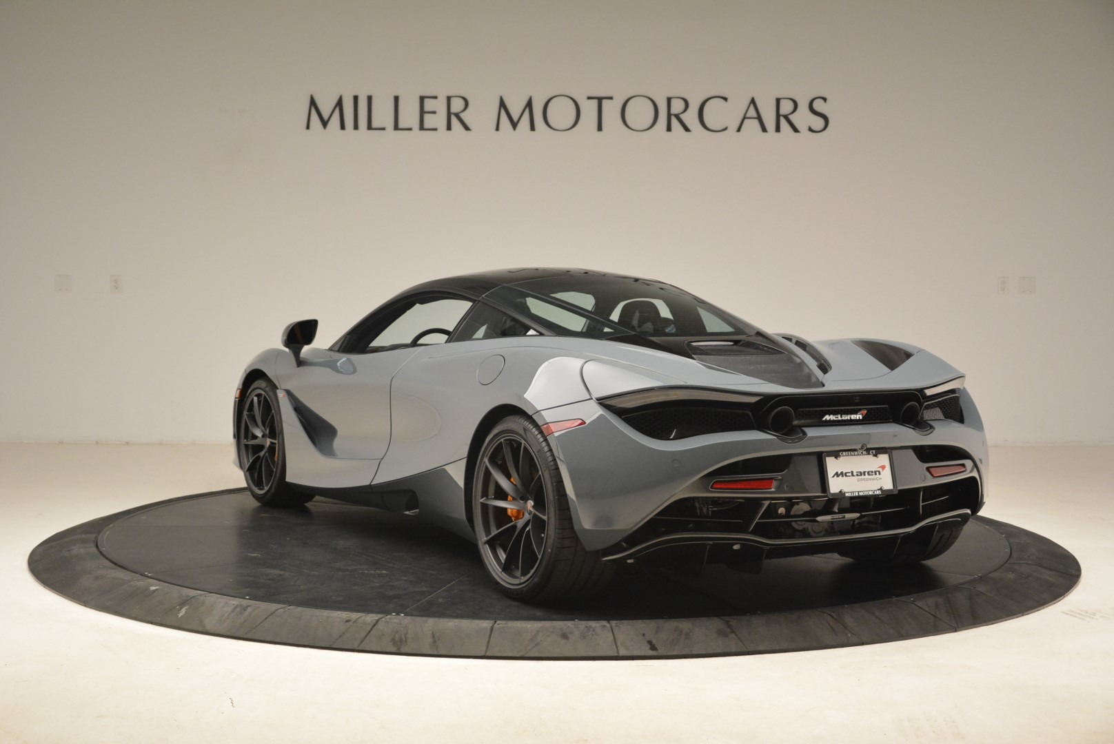 Used 2018 McLaren 720S Coupe For Sale In Greenwich, CT 3205_p5